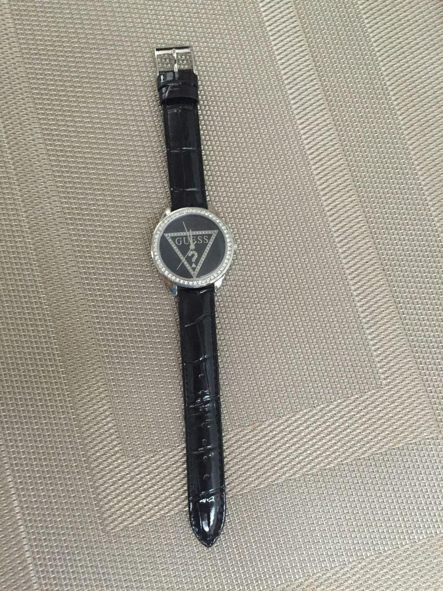 b1764ea01fdb3 Relógio Feminino Guess com Cristais Nunca Usado!   Relógio Feminino ...