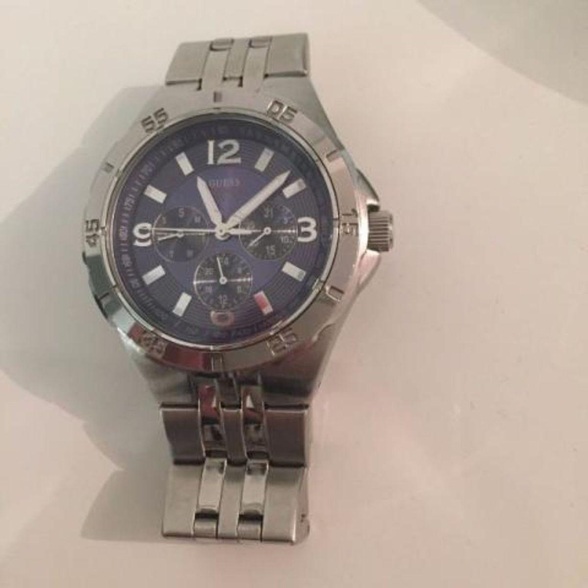 8855c2feca2 relógio guess masculino usado - relógios guess.  Czm6ly9wag90b3muzw5qb2vplmnvbs5ici9wcm9kdwn0cy81ntgxmtgvzgvlywq1njrmnjm2zjnizwnmotgxy2vkothkotk5mgyuanbn  ...