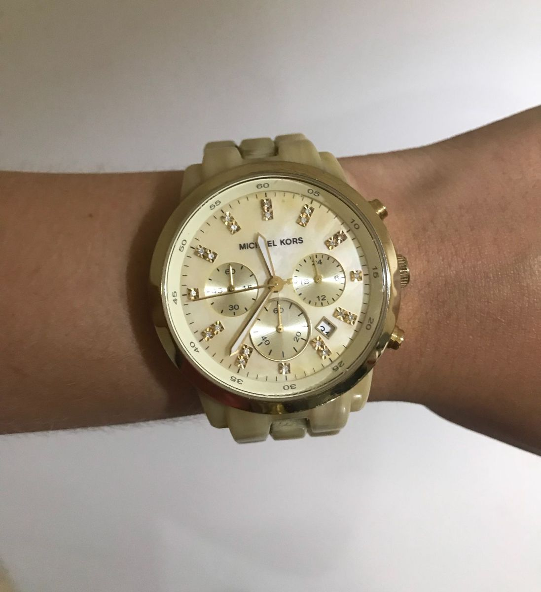 1b8681472e214 relógio michael kors mk5217 madrepérola dourado oversided - relógios michael -kors