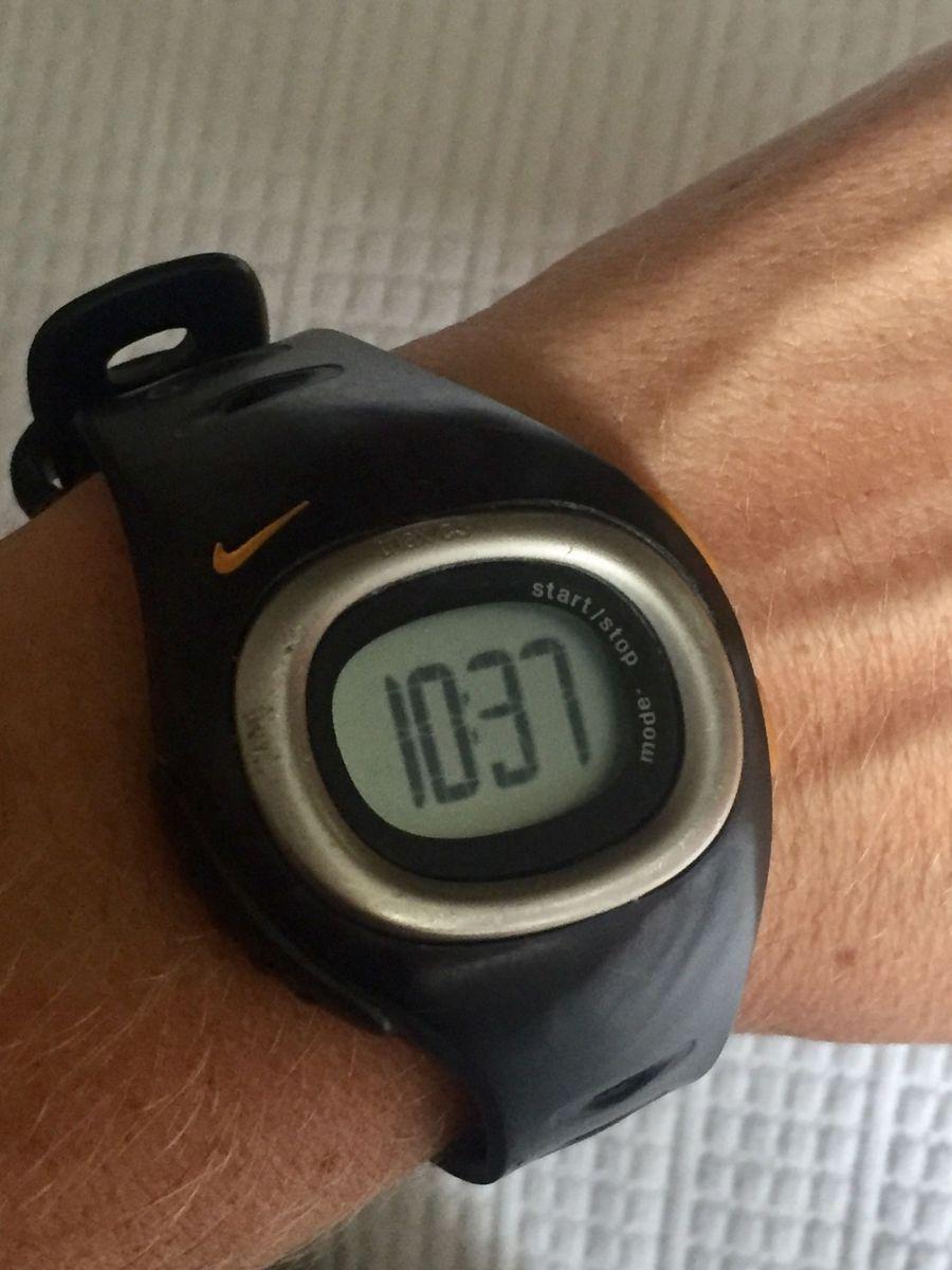 1e35d597154 relógio nike esportivo - relógios nike.  Czm6ly9wag90b3muzw5qb2vplmnvbs5ici9wcm9kdwn0cy80otk3mzewl2u2njm1mzcwmdnmzwm1n2rindzjzde3zte3ytjhymi3lmpwzw  ...