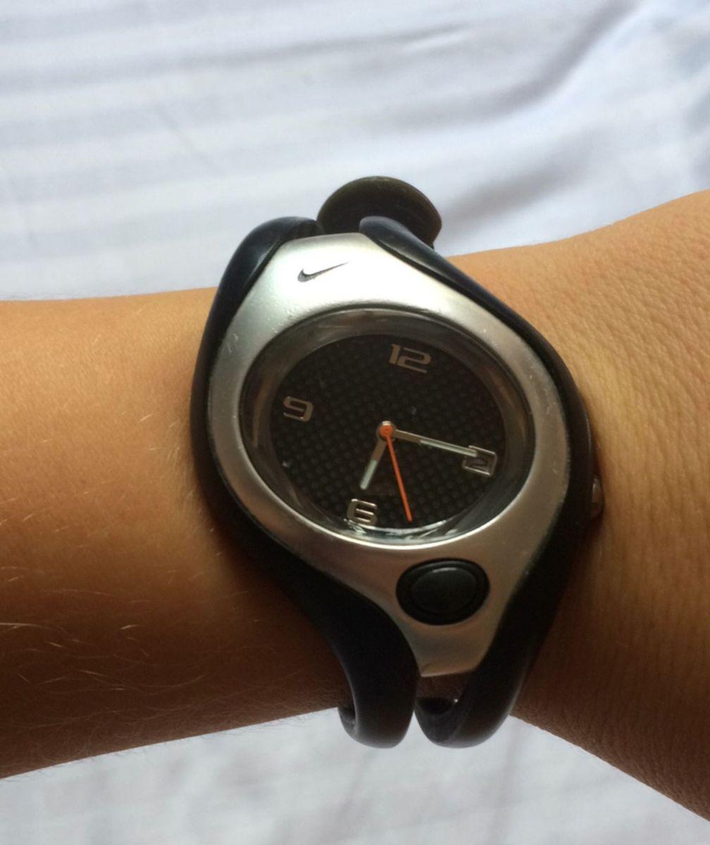 47ca34cddb2 relógio nike - relógios nike.  Czm6ly9wag90b3muzw5qb2vplmnvbs5ici9wcm9kdwn0cy80njywoti0lzc0zge0mja5mja0n2yxzwnhmdi4zwvjztflmgi4nzvmlmpwzw  ...
