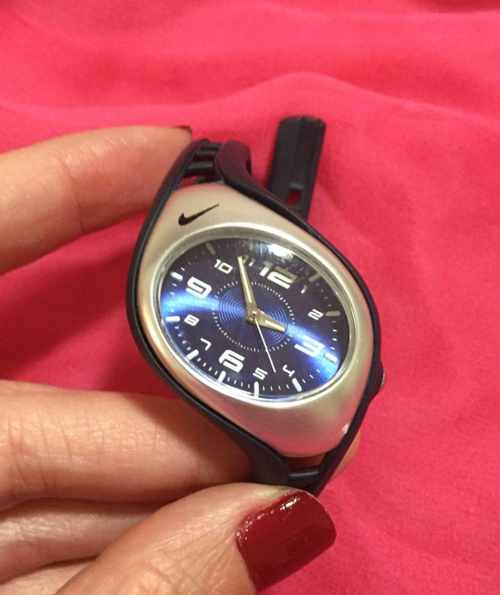bce0829dc33 relógio nike - relógios nike.  Czm6ly9wag90b3muzw5qb2vplmnvbs5ici9wcm9kdwn0cy81ntu4njqvmgqzzgywzwi5zdnjn2m4zjfhm2rlm2uxmwfim2uzytauanbn