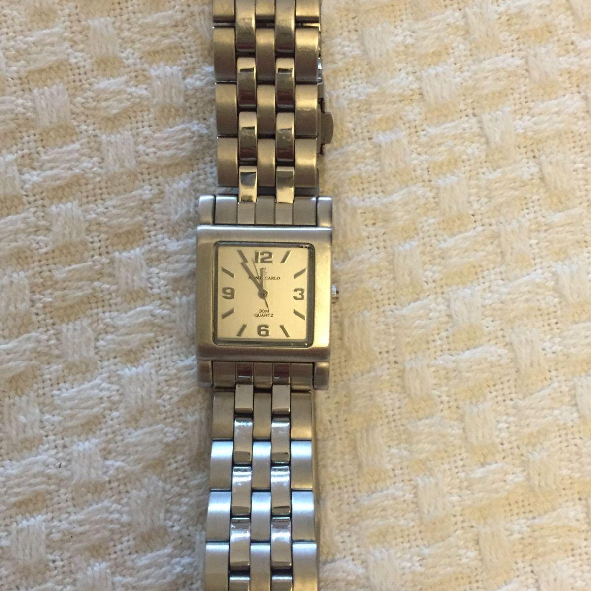f4daa320c5e Relógio Prata Quadrado