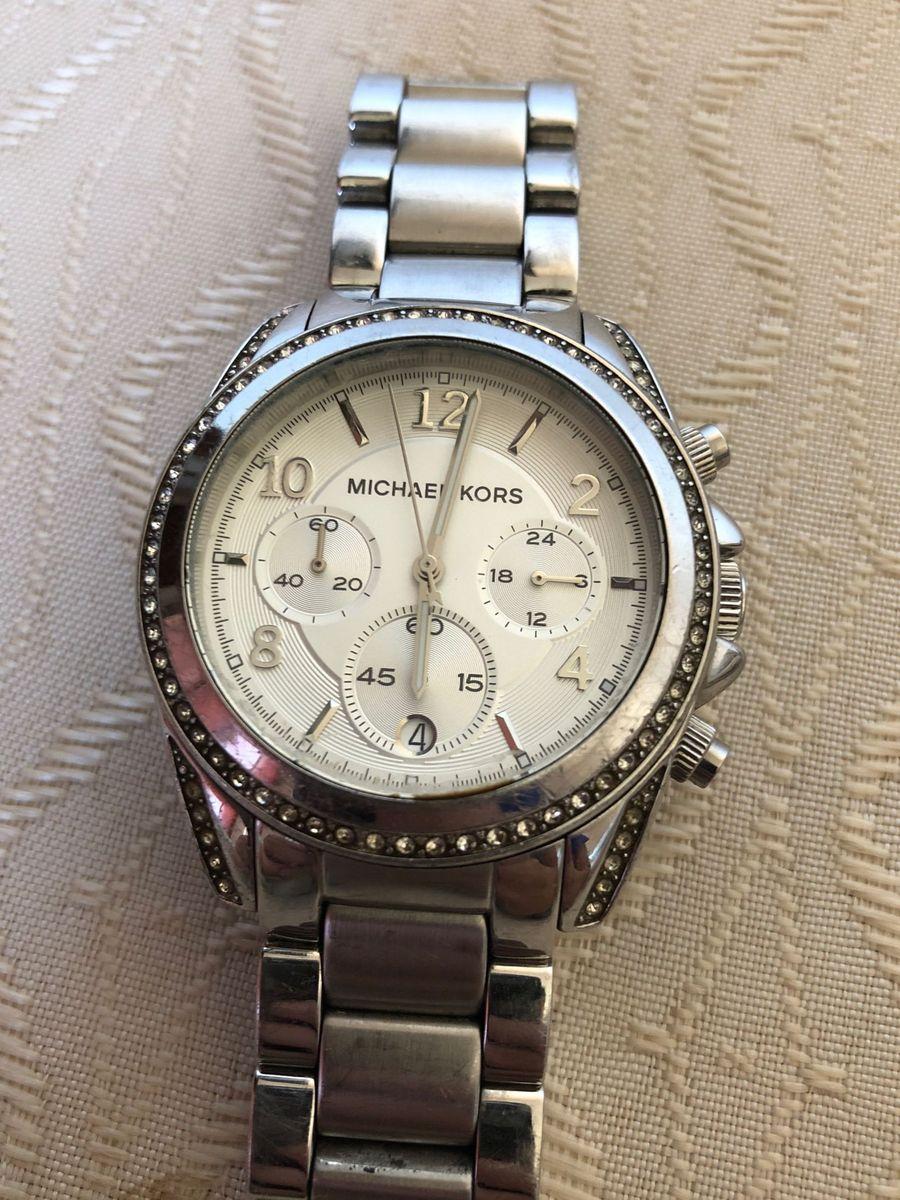 relógio prata usado michael kors com pedras - relógios michael kors e3ad7cc24d