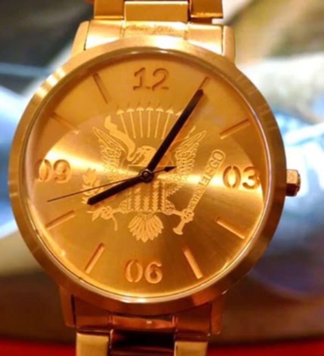 3ee4198cc87 relógio ramones - relógios chilli beans.  Czm6ly9wag90b3muzw5qb2vplmnvbs5ici9wcm9kdwn0cy82odq4nzi1l2mzyzrkntizn2ixotq2nda0nzq1ode0mzyxzdnmnty4lmpwzw  ...