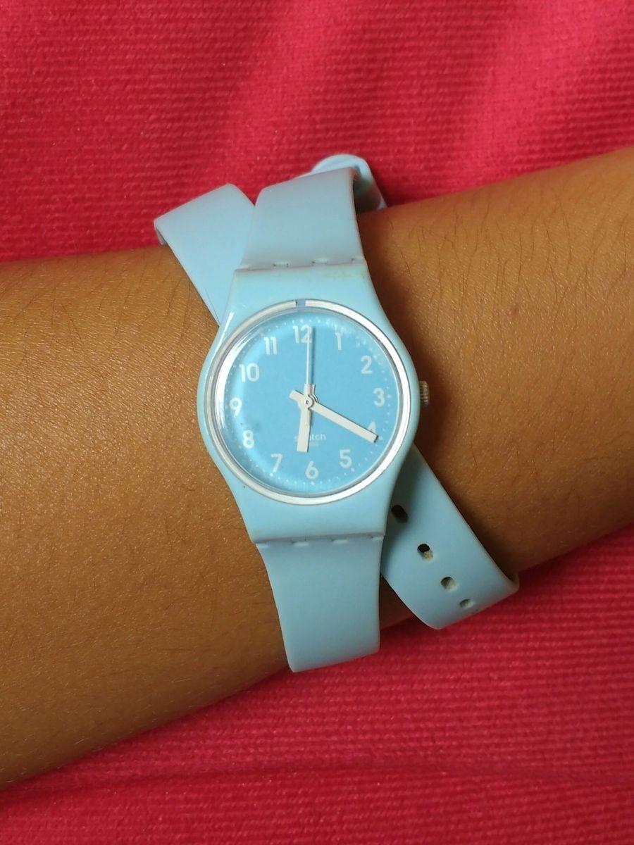fc0132d8224 relógio swatch duas voltas - relógios swatch.  Czm6ly9wag90b3muzw5qb2vplmnvbs5ici9wcm9kdwn0cy85nde4otgvmtuyntcxzte2oge0ntm0mmyyodqynjkwmtrjmduxztmuanbn  ...