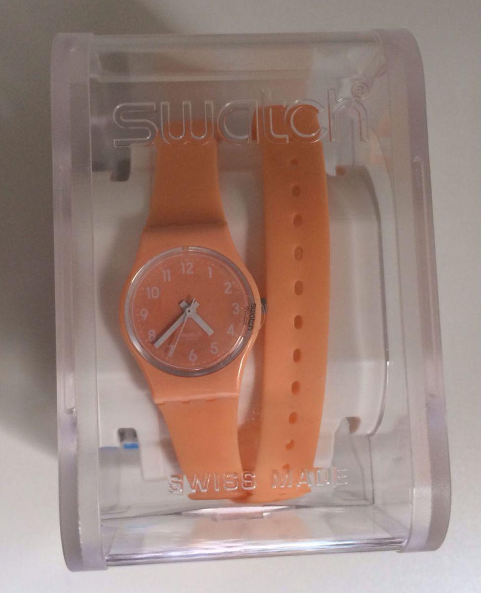 4b209bba96a relógio swatch - relógios swatch.  Czm6ly9wag90b3muzw5qb2vplmnvbs5ici9wcm9kdwn0cy80mtkyodivowe2ytbhmzlinjqyngexn2nkoty4ymqwnju3odfimdyuanbn  ...