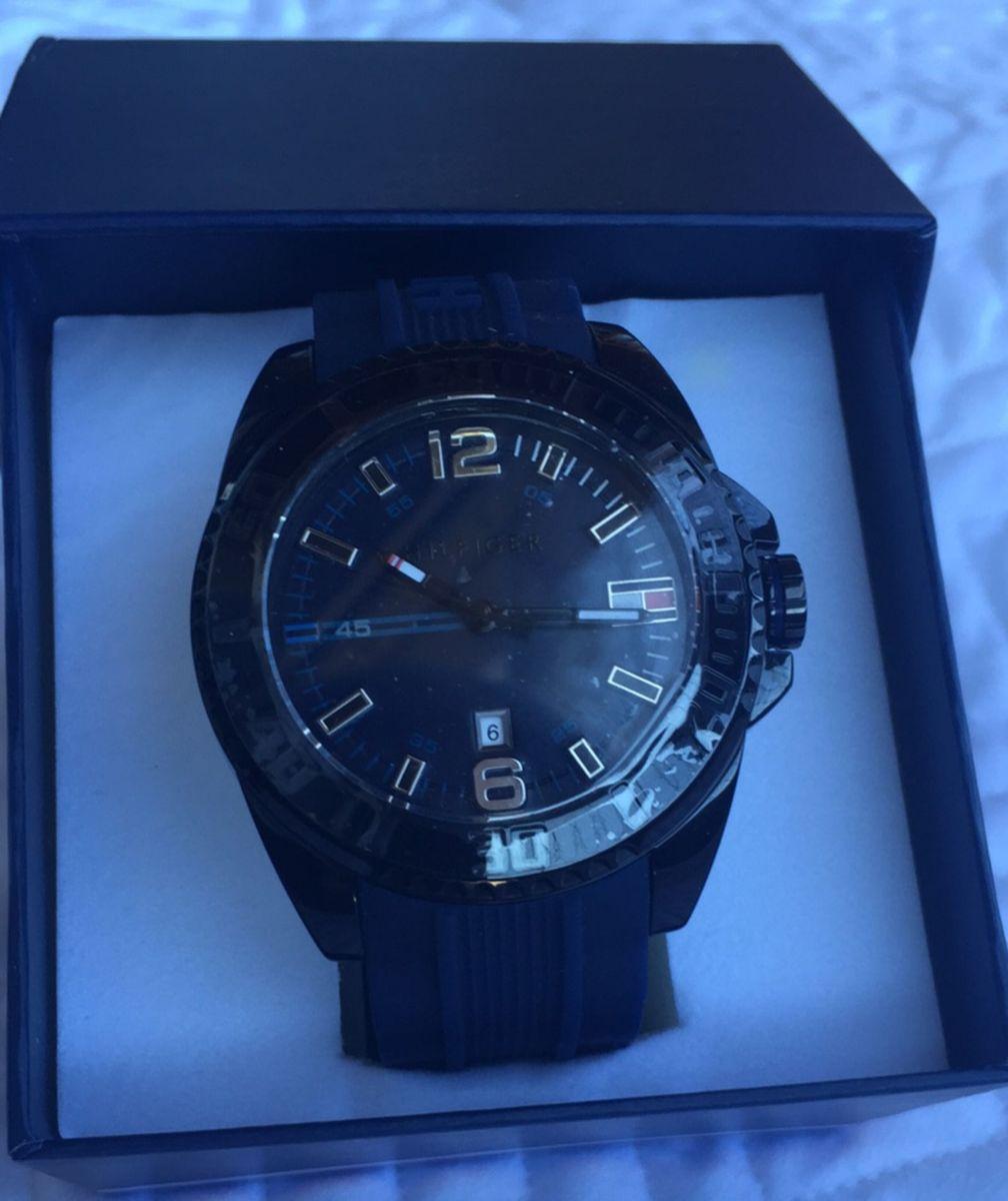 17e1cd4c57f relógio tommy hilfiger - azul -pulseira de borracha azul marinho - relógios  tommy hilfiger