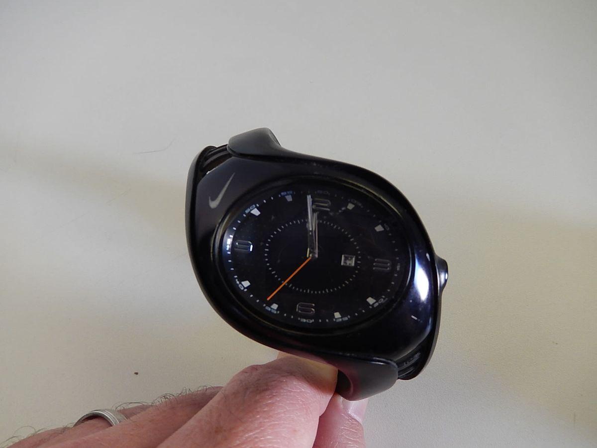 a59093b1507 relogio usado nike - relógios nike.  Czm6ly9wag90b3muzw5qb2vplmnvbs5ici9wcm9kdwn0cy83nja3ntgzl2fintmwytc2mzqxnzy3mmu5mzkzymrmowu0ytdly2iwlmpwzw  ...