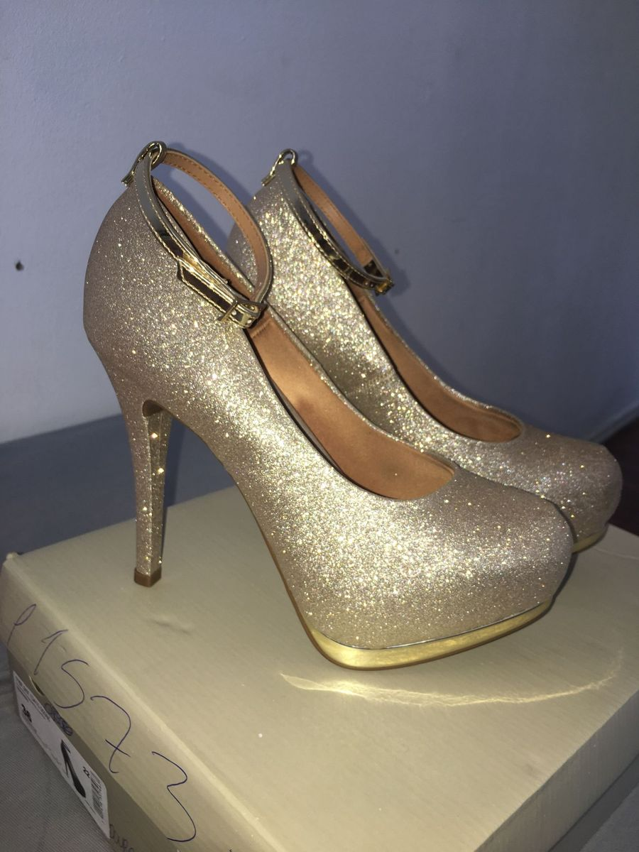 526110c5f salto alto - sapatos azzemell por vizzano.  Czm6ly9wag90b3muzw5qb2vplmnvbs5ici9wcm9kdwn0cy84mja5odq2l2qzzjq2mtdmn2mxywnmmmvizdzingu2yzlkmjmxnzjjlmpwzw