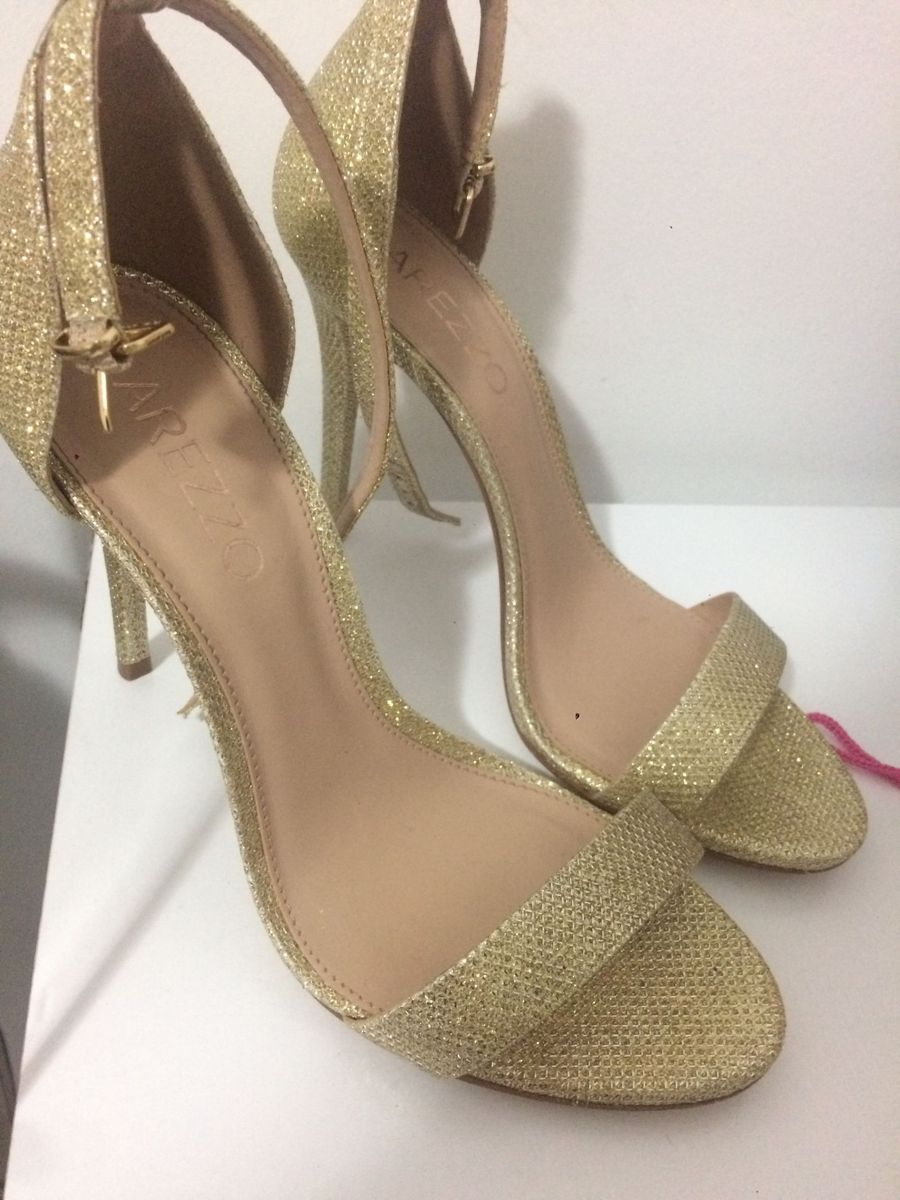 d523a7d06 salto arezzo, tm 37 - sapatos arezzo.  Czm6ly9wag90b3muzw5qb2vplmnvbs5ici9wcm9kdwn0cy85mja3mje4l2i0yjc4yte2mwm3ywrjzgfjm2m4ztjkmzq4zwy3mdfjlmpwzw