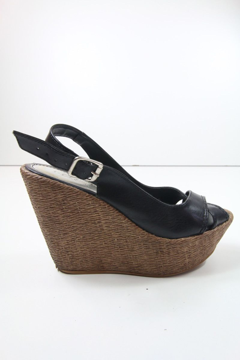 b002949724 sandália anabela pontal preta - sandálias pontal.  Czm6ly9wag90b3muzw5qb2vplmnvbs5ici9wcm9kdwn0cy80oti3njgyl2i5mmq0zdq1mte3zmmxowzhn2zinja4mmmzmmyxmwi3lmpwzw