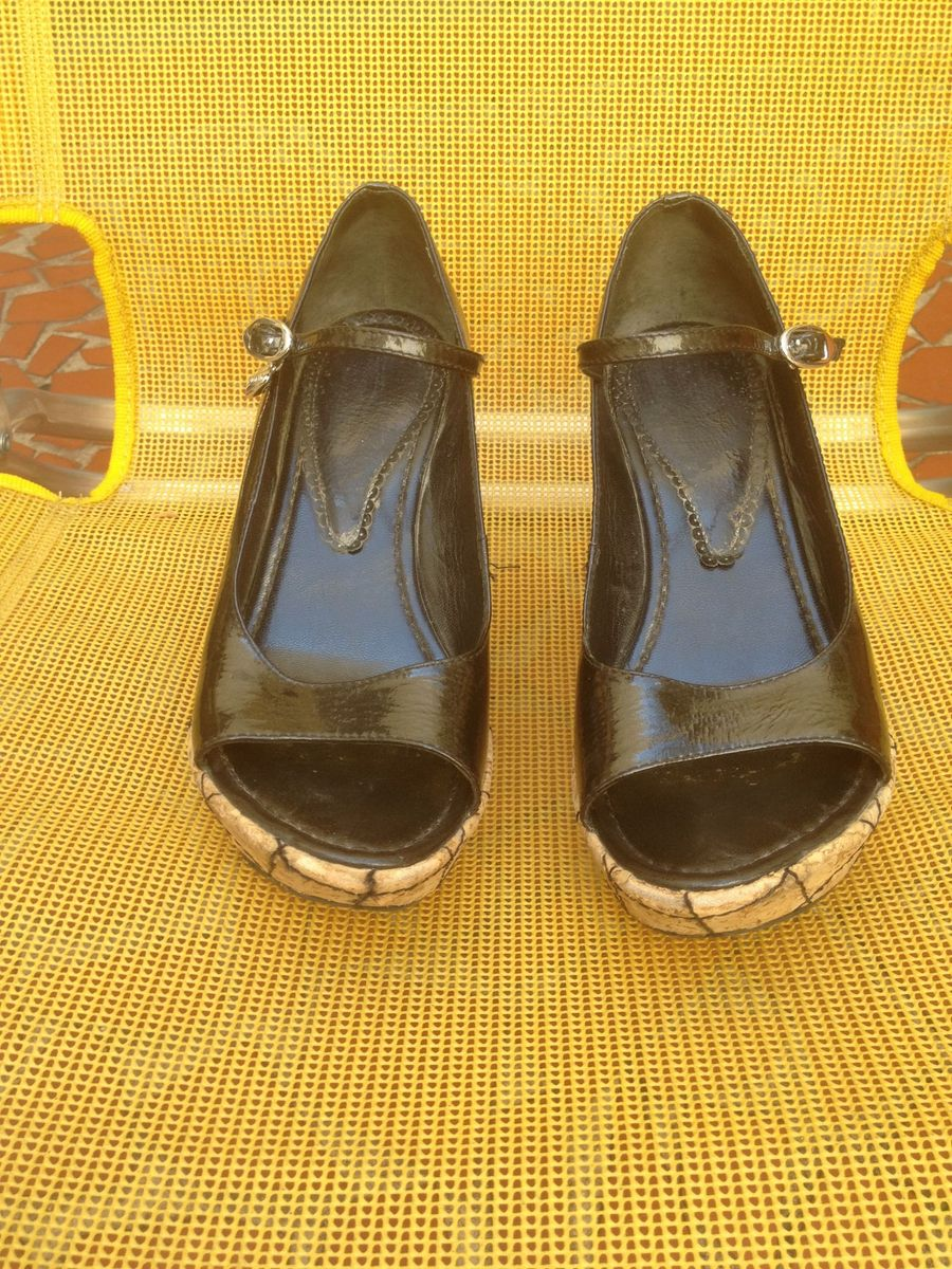 71f94beb62 sandália anabela preta com salto de cortiça - sandálias luz da lua
