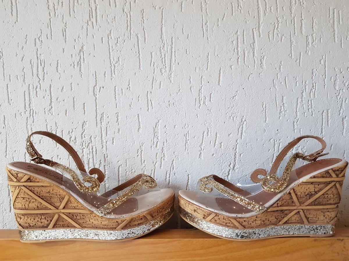 a01cf4c22d sandália anabela transparente ! - sandálias sensuale
