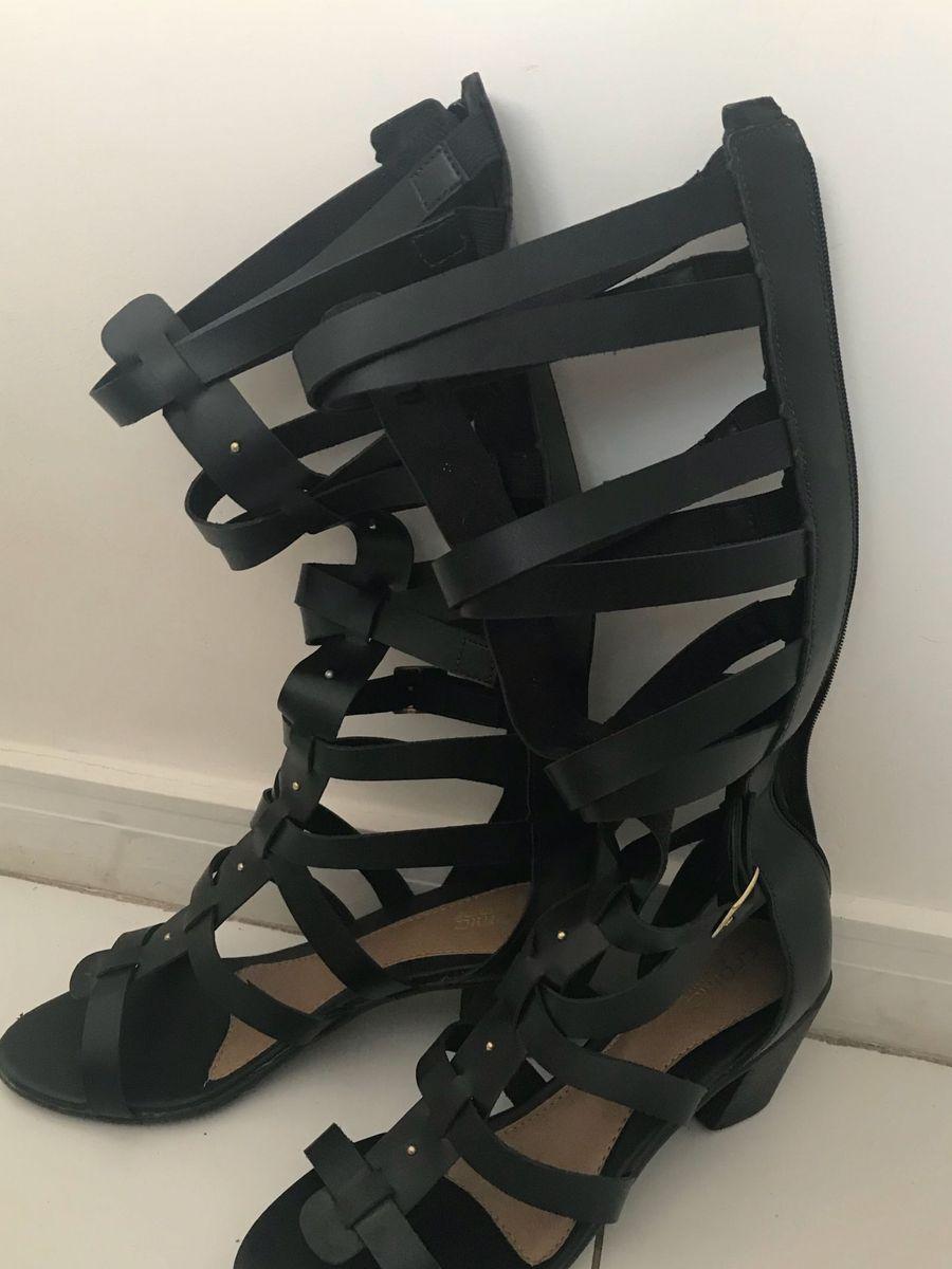9289f51e80 sandália gladiadora salto grosso - sandálias cromic femme
