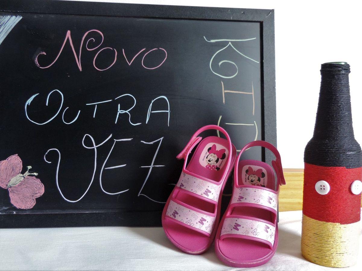 7b8082156 Sandália Grendene Minnie Acende Luz   Calçado Infantil para Meninas ...