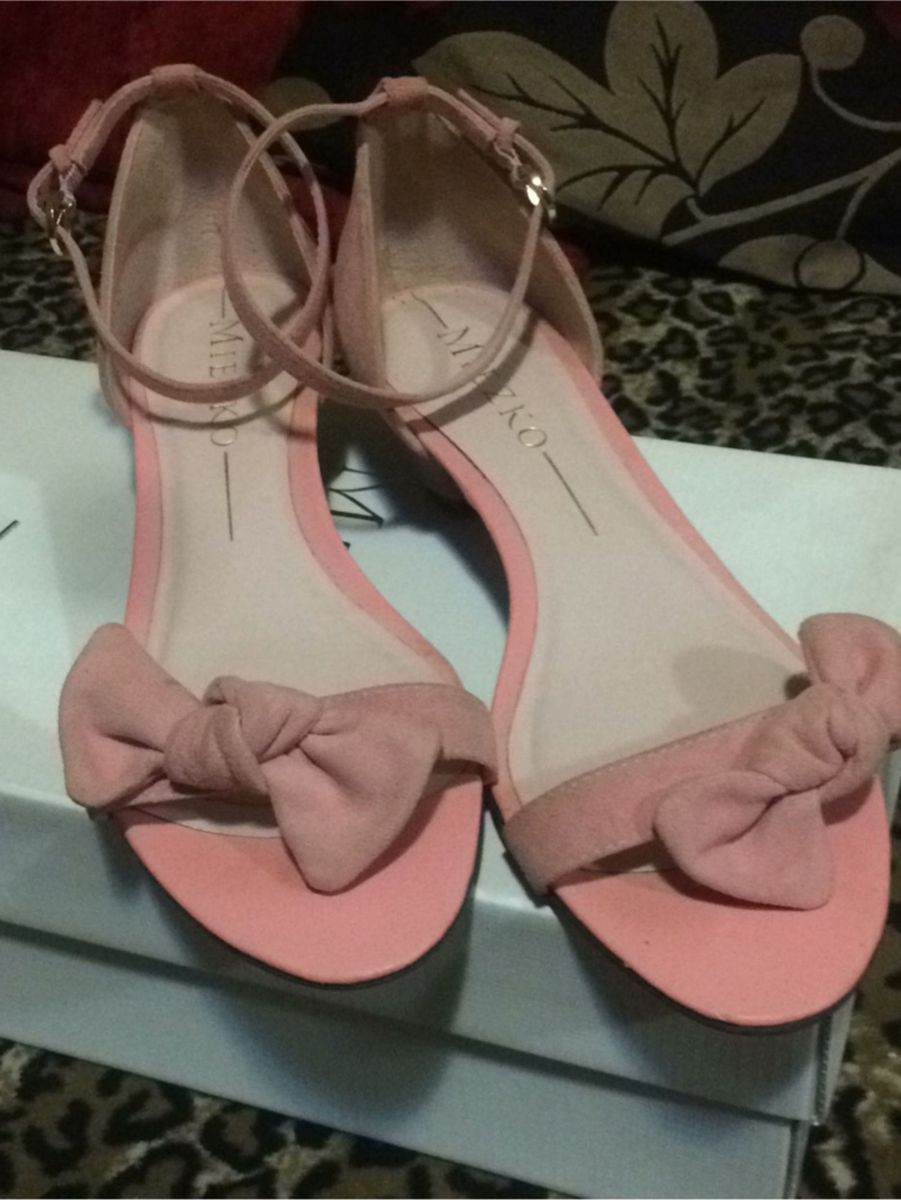 sandália linda - sandálias miezko