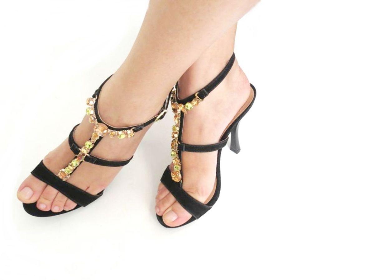 sandália pedras - sandálias grifferia