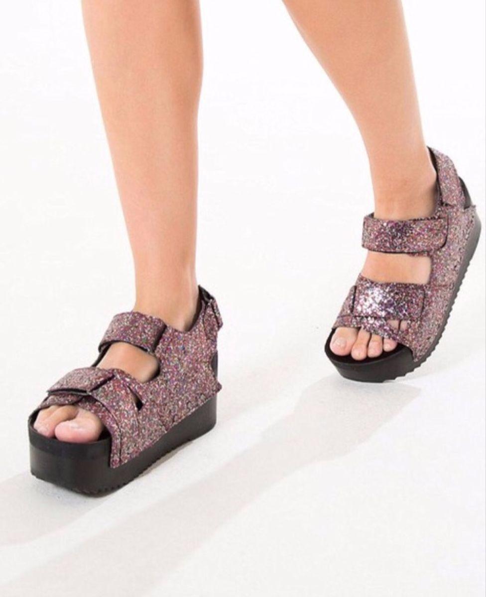 sandália plataforma glitter - sandálias farm