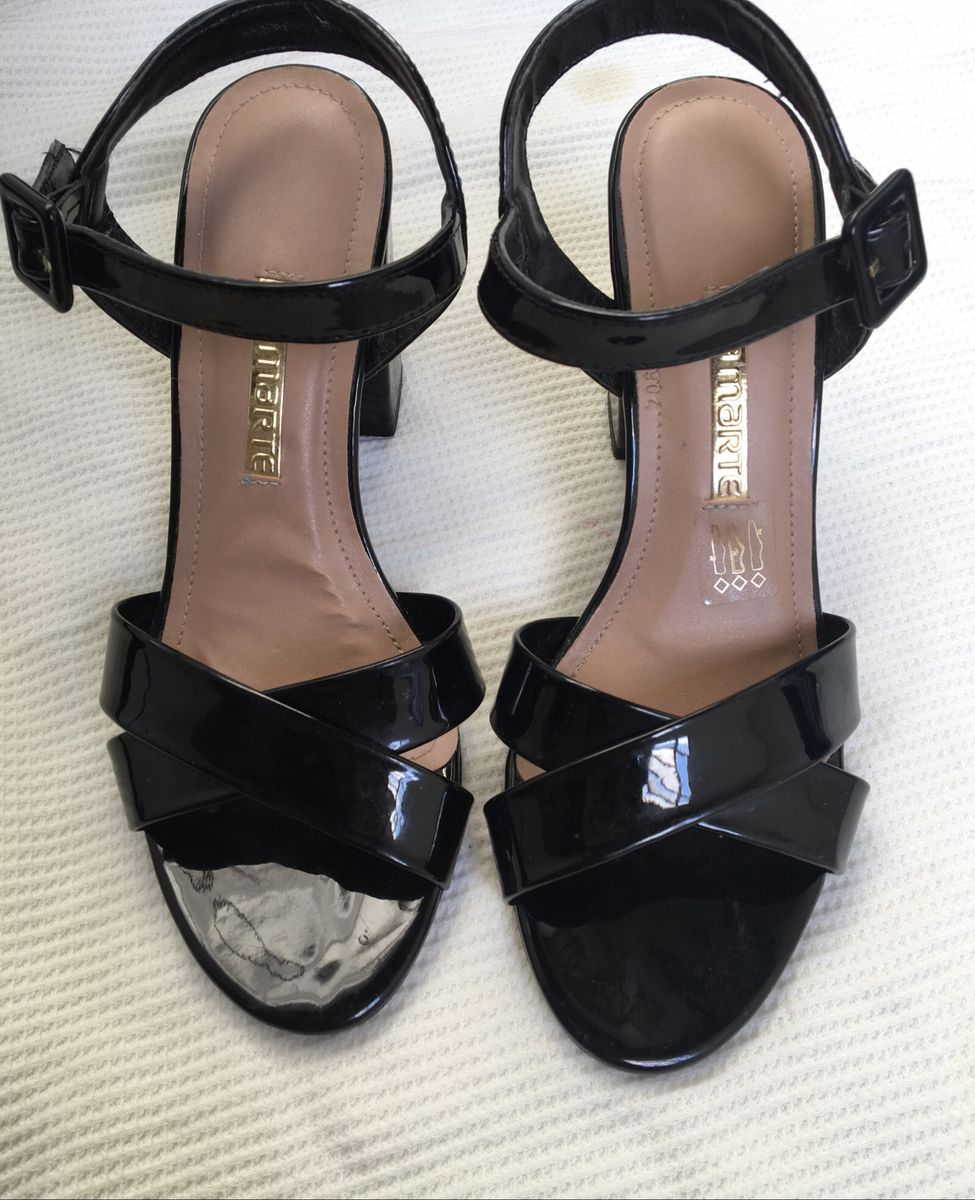 sandália salto grosso - sandálias via-marte
