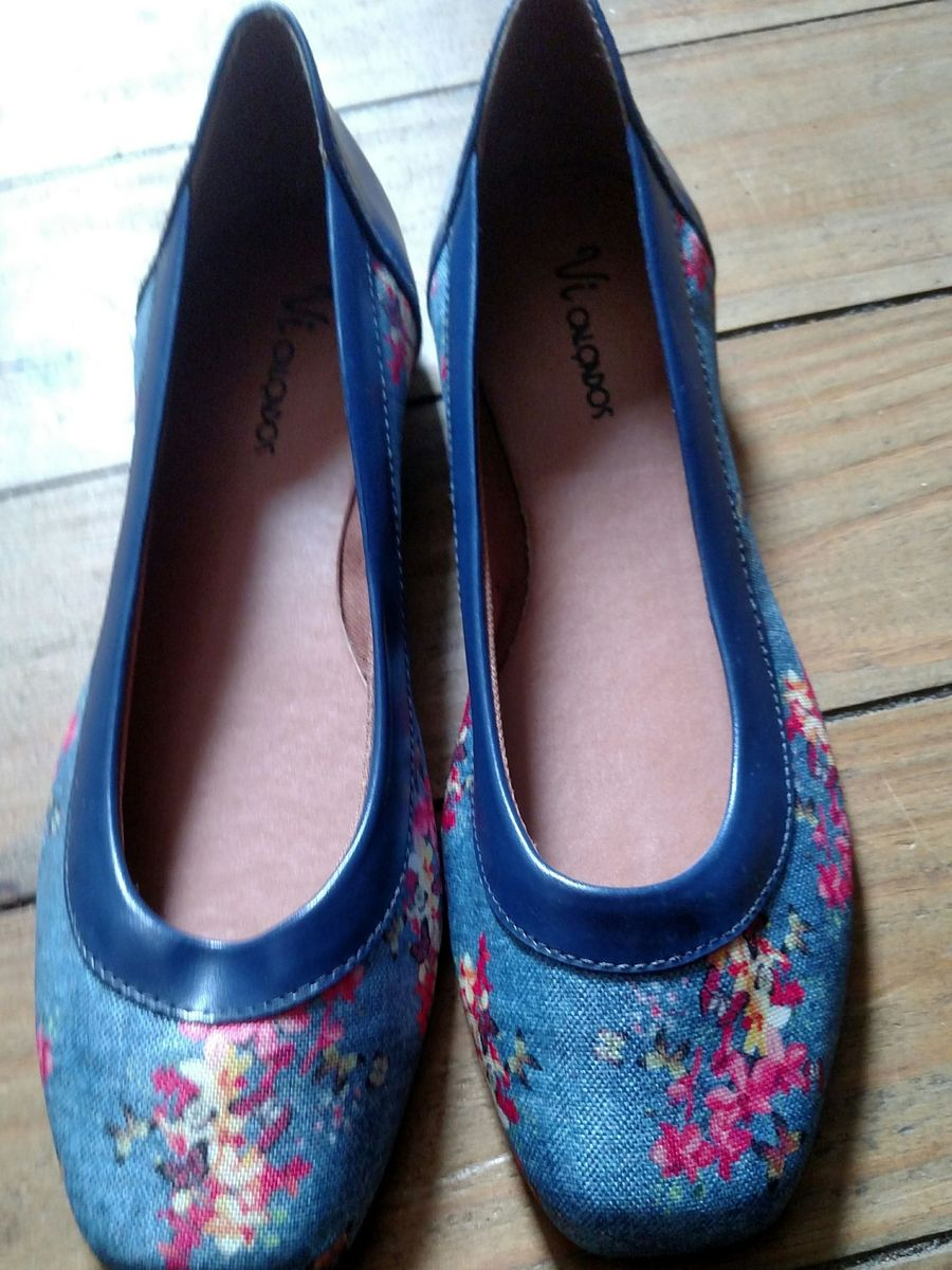 f4145c4d1 sapatilha azul florzinha - sapatilha vi calçados.  Czm6ly9wag90b3muzw5qb2vplmnvbs5ici9wcm9kdwn0cy81ndaxndqyl2mznju5nte0ymy2m2q2nza4zmqzmdexngm1mjnjndfhlmpwzw