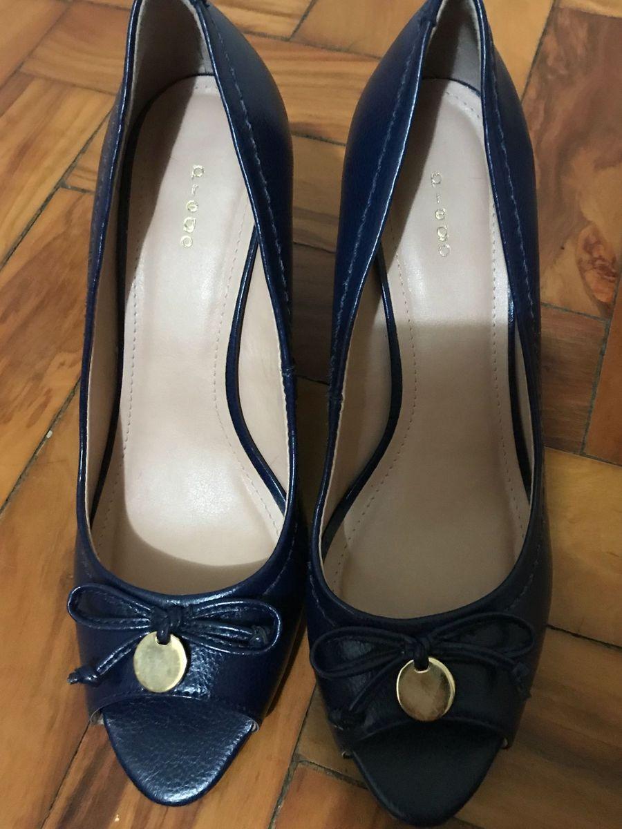 36a8a2aea sapato azul escuro salto anabela - sapatos prego.  Czm6ly9wag90b3muzw5qb2vplmnvbs5ici9wcm9kdwn0cy85njazndq5lzg4owq5zdywyzyzzja4mwy1ndyyotiwnmjkn2yxyjgylmpwzw  ...