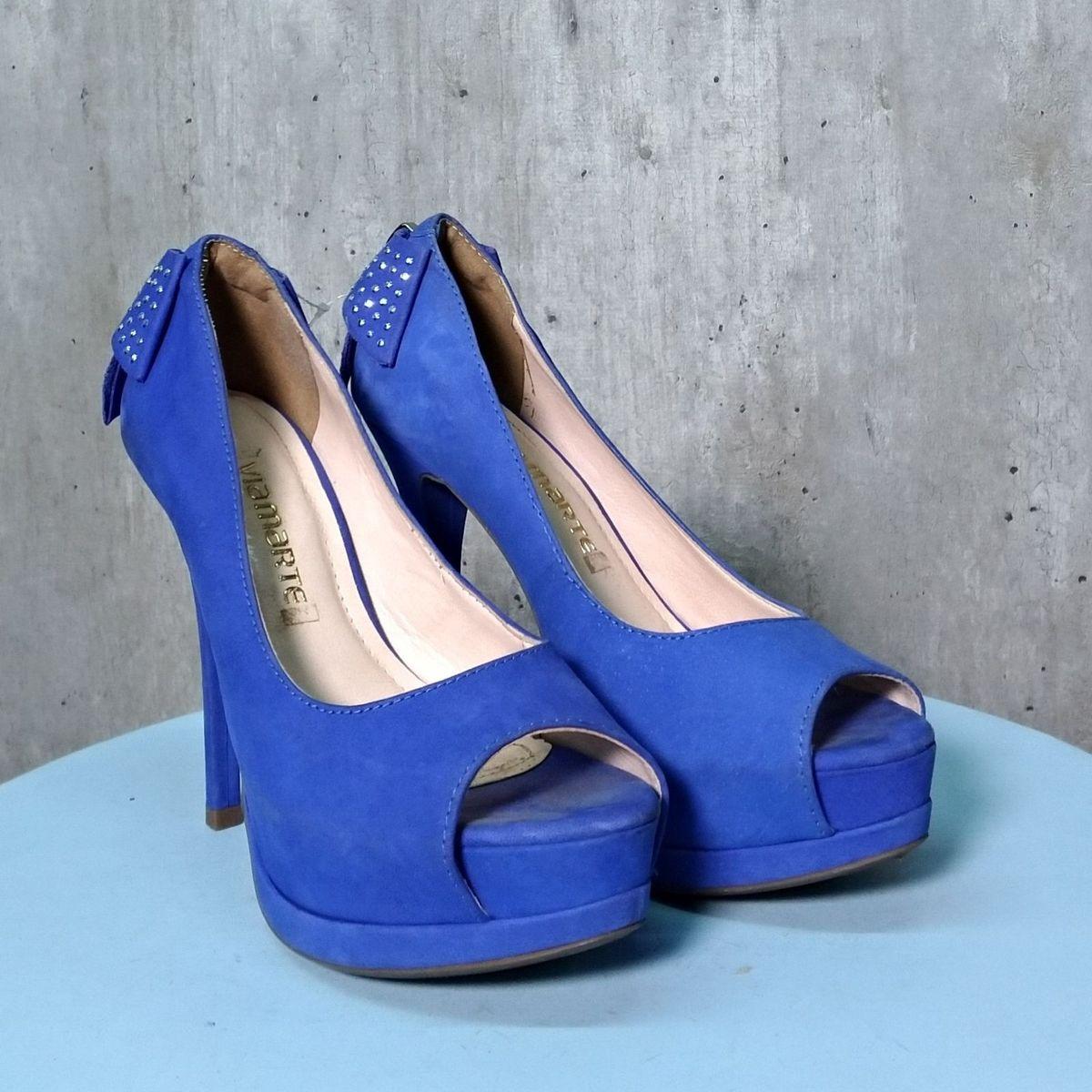 7de625f6d6 Sapato Azul Royal de Salto Alto