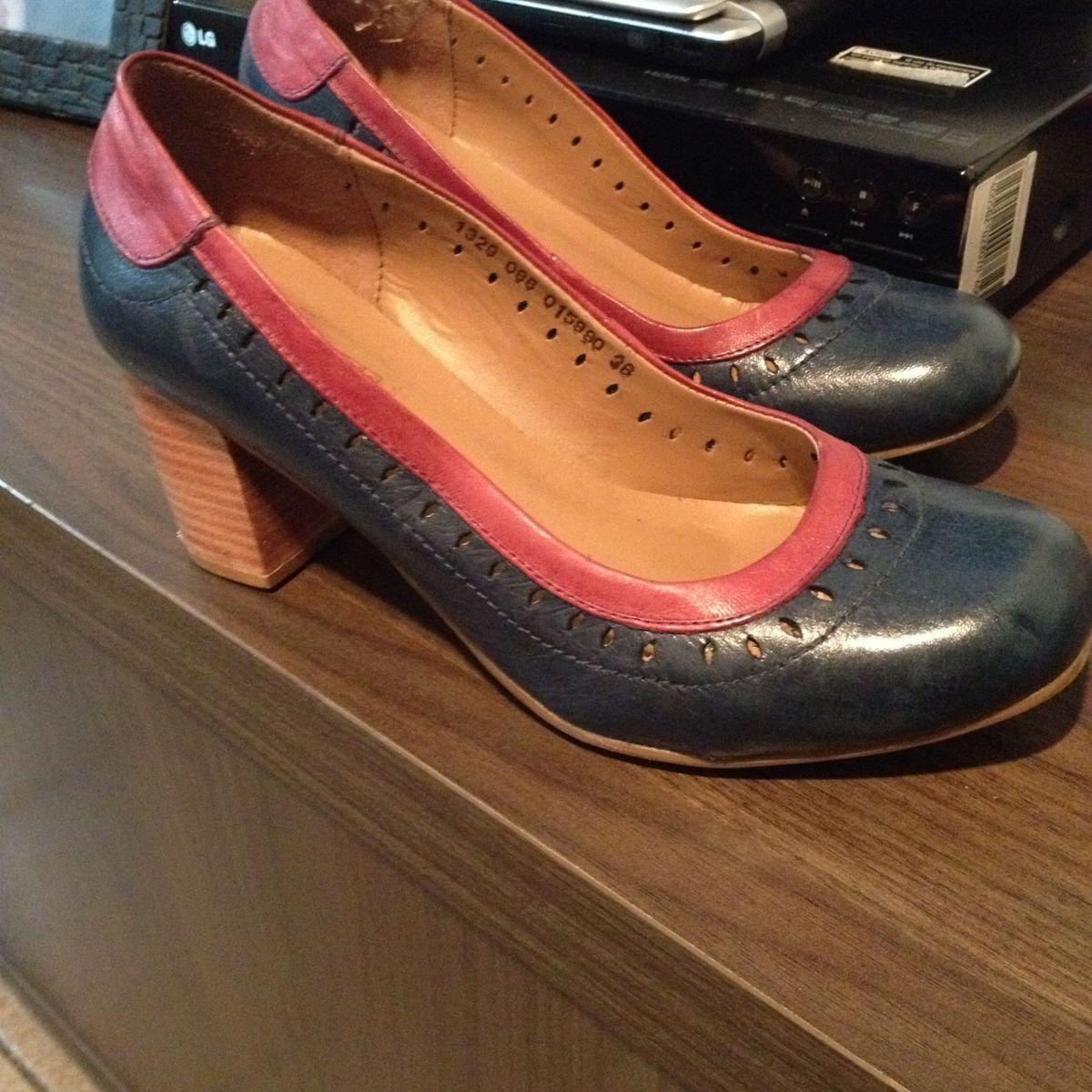 d35d4f10b Sapato Boneca em Couro Azul Marinho com Bordô | Sapato Feminino Montelli  Usado 2754517 | enjoei