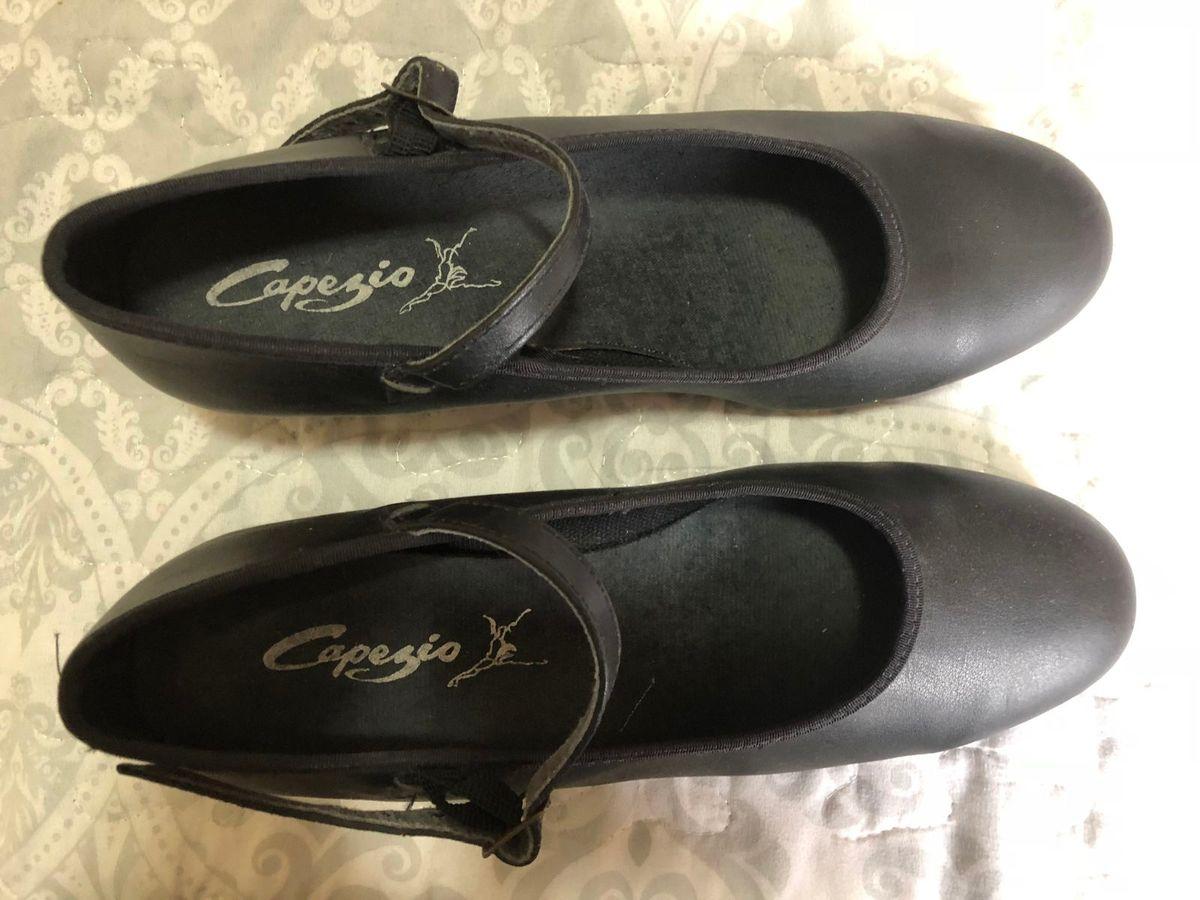 80b9f94e9 sapato capezio - sapatos capezio.  Czm6ly9wag90b3muzw5qb2vplmnvbs5ici9wcm9kdwn0cy83njg4nduzlzywzju5ztbkowuxywi3mzg2owmzytbknmjimji5otfilmpwzw