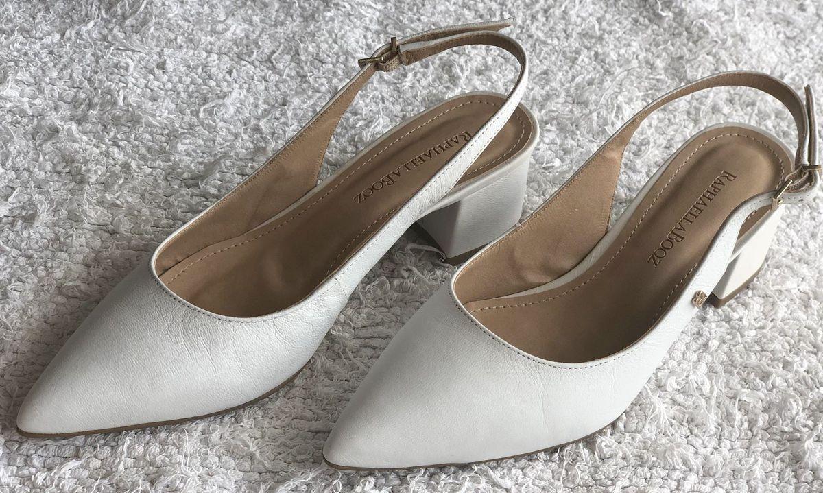sapato de noiva confortável e lindo - sapatos raphaella booz