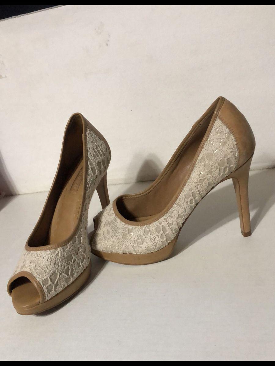 1cea5eb19 sapato de salto arezzo - sapatos arezzo.  Czm6ly9wag90b3muzw5qb2vplmnvbs5ici9wcm9kdwn0cy83ndk4mte0lzq3zwqyyjiyztywyzi5nmm1m2rlzdkxztuwy2nhmzk5lmpwzw