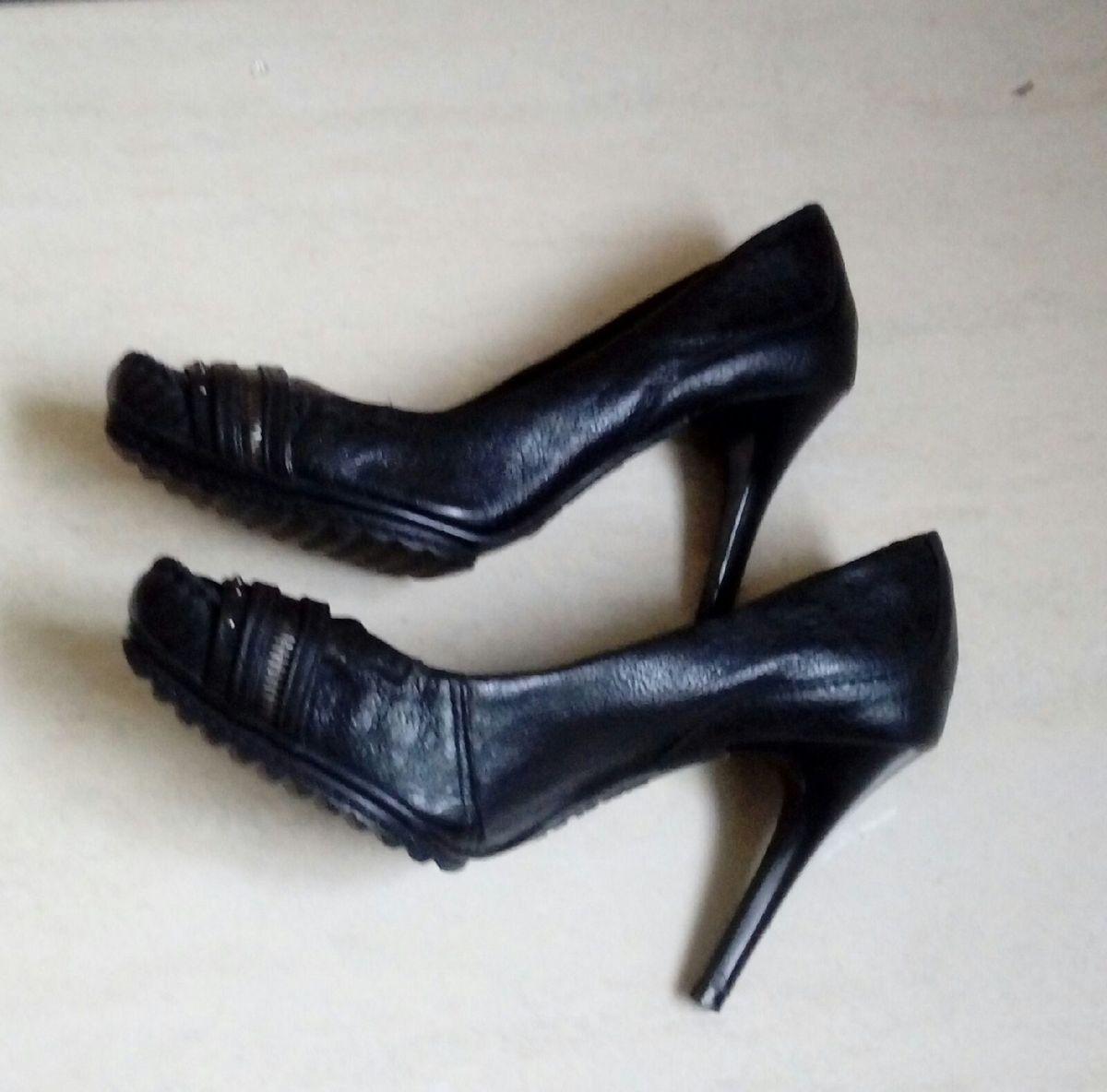 sapato de salto fino - sapatos dakota