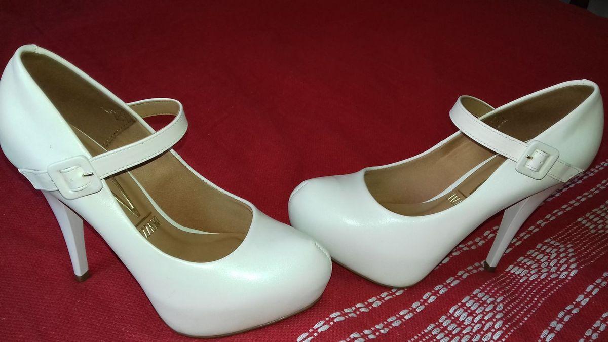 c9af0b7c07 sapato estilo boneca - casamento vizzano.  Czm6ly9wag90b3muzw5qb2vplmnvbs5ici9wcm9kdwn0cy82nze2ndm0lzc4njuyytfjzmmzmti4n2vjmgjknwq0otixyzkxntrklmpwzw