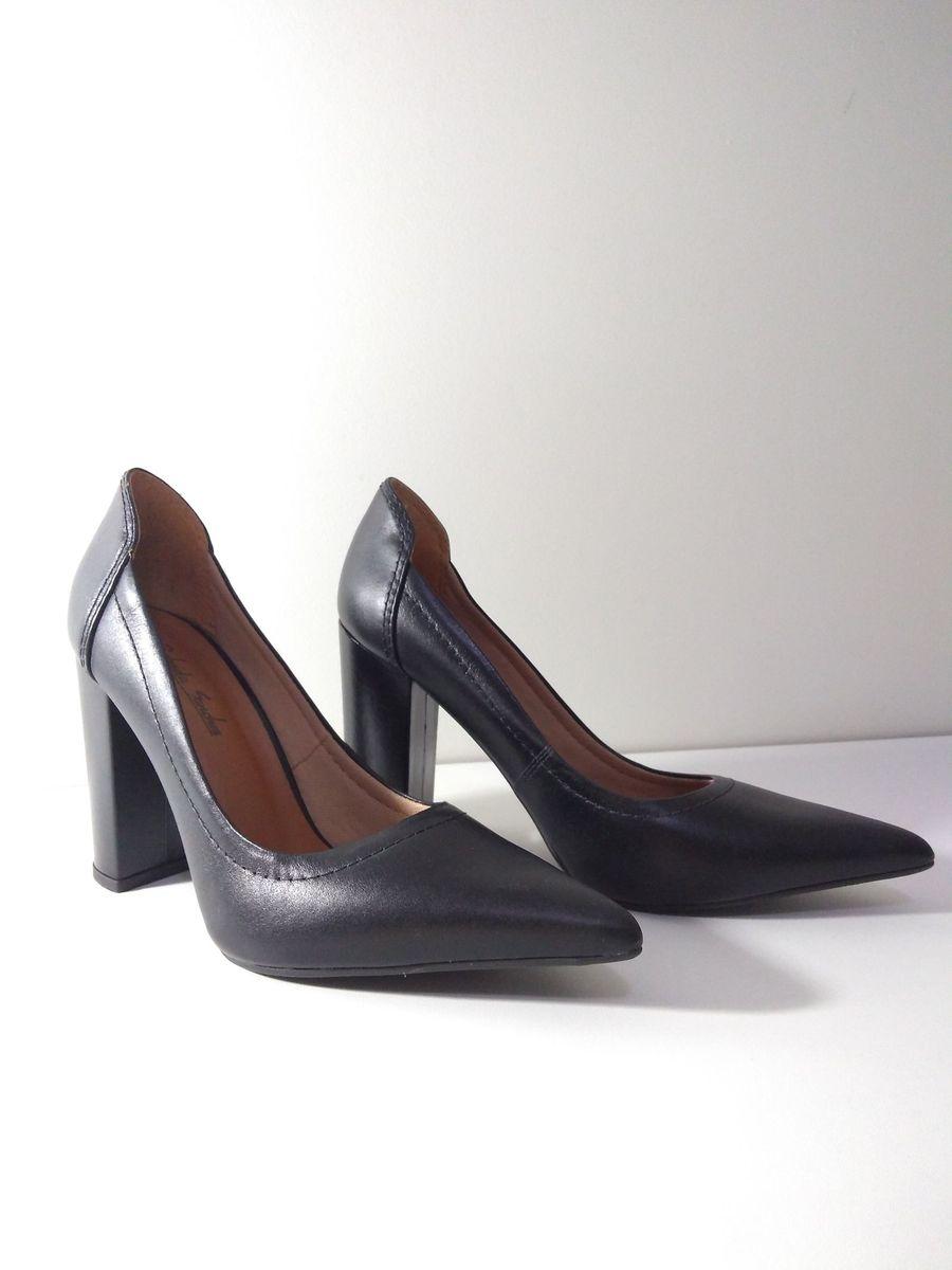 8db6772aa ... gabriela sanchez - sapatos gabriela sanchez.  Czm6ly9wag90b3muzw5qb2vplmnvbs5ici9wcm9kdwn0cy8xmdc1njmwos8zyjljn2fjodq0ytvjmwnhyjm5mwnjytfkogvkmjnhzc5qcgc