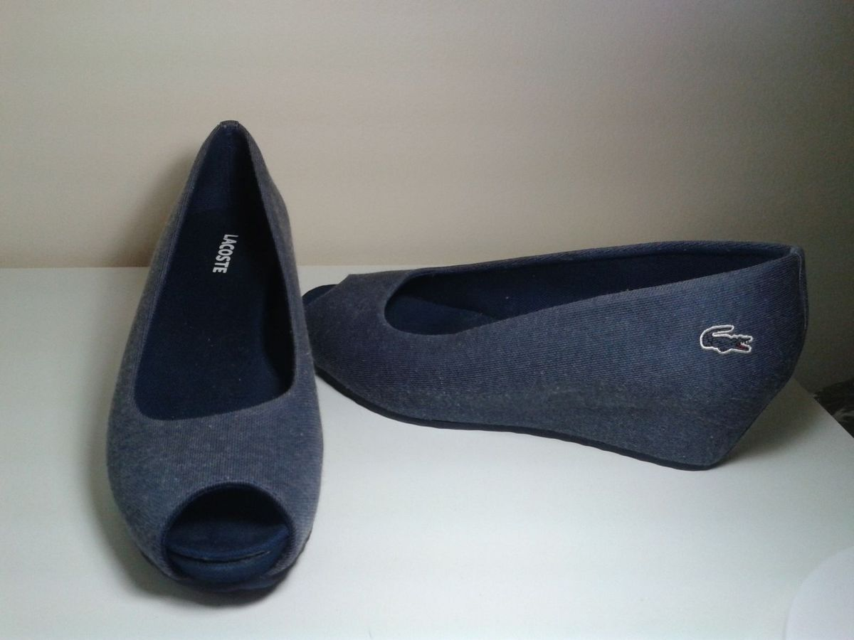 a40f50cf816 sapato lacoste - sapatos lacoste.  Czm6ly9wag90b3muzw5qb2vplmnvbs5ici9wcm9kdwn0cy81nte0oduvmte0ntkzywvhmzk0ntliodjlmzbhyjg3mje0mji4ytyuanbn  ...
