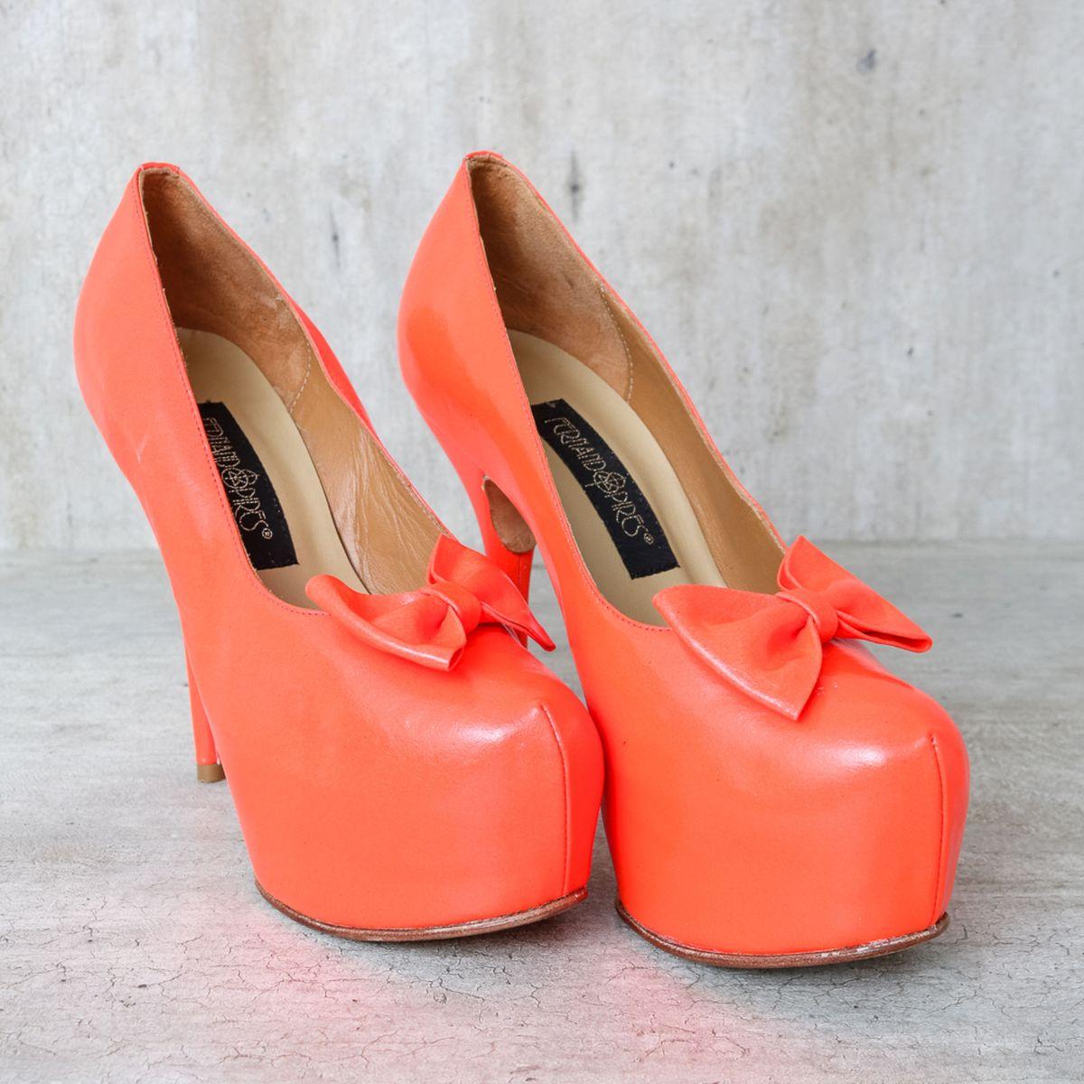 000e18169f Sapato Laranja Neon