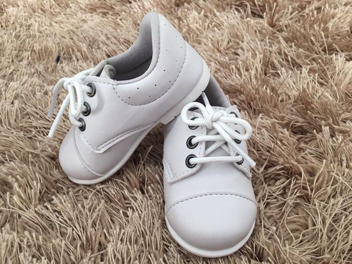 6f1107a25 sapato masculino branco para batizado com cadarço - bebê sonho de criança