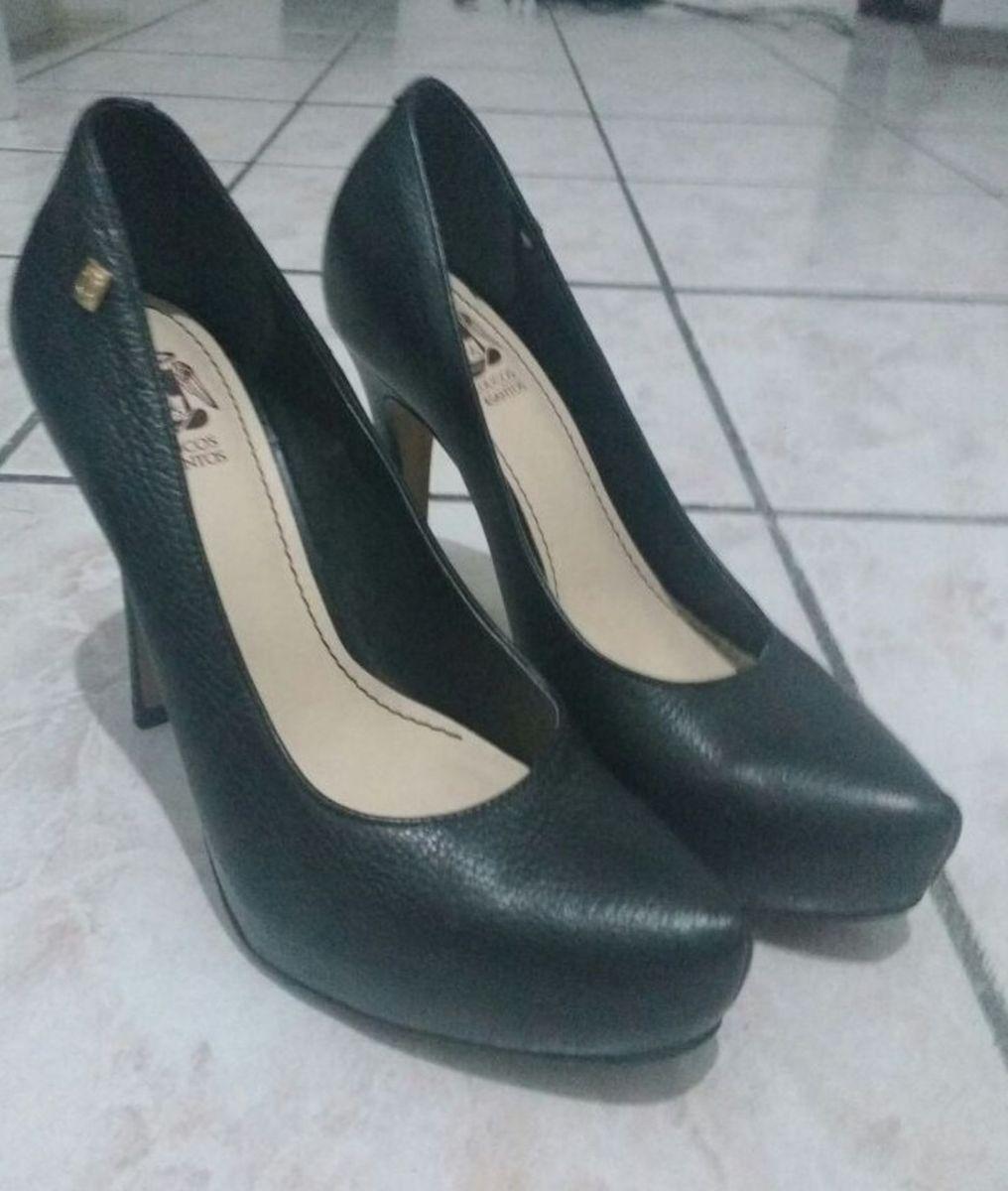 d64b630b2 sapato salto alto em couro - sapatos loucos-e-santos