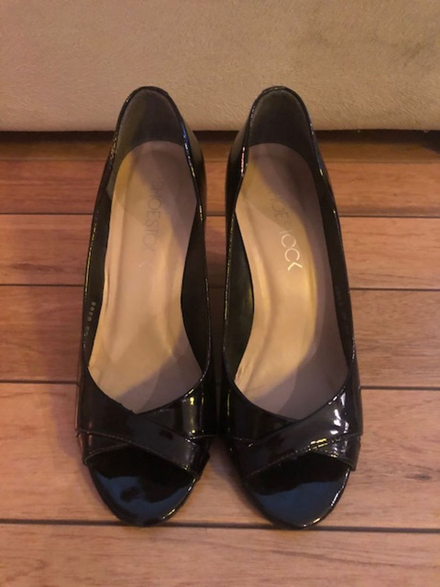 1e18f1774 Sapato Verniz Peep Toe Salto Plataforma | Sapato Feminino Shoestock ...