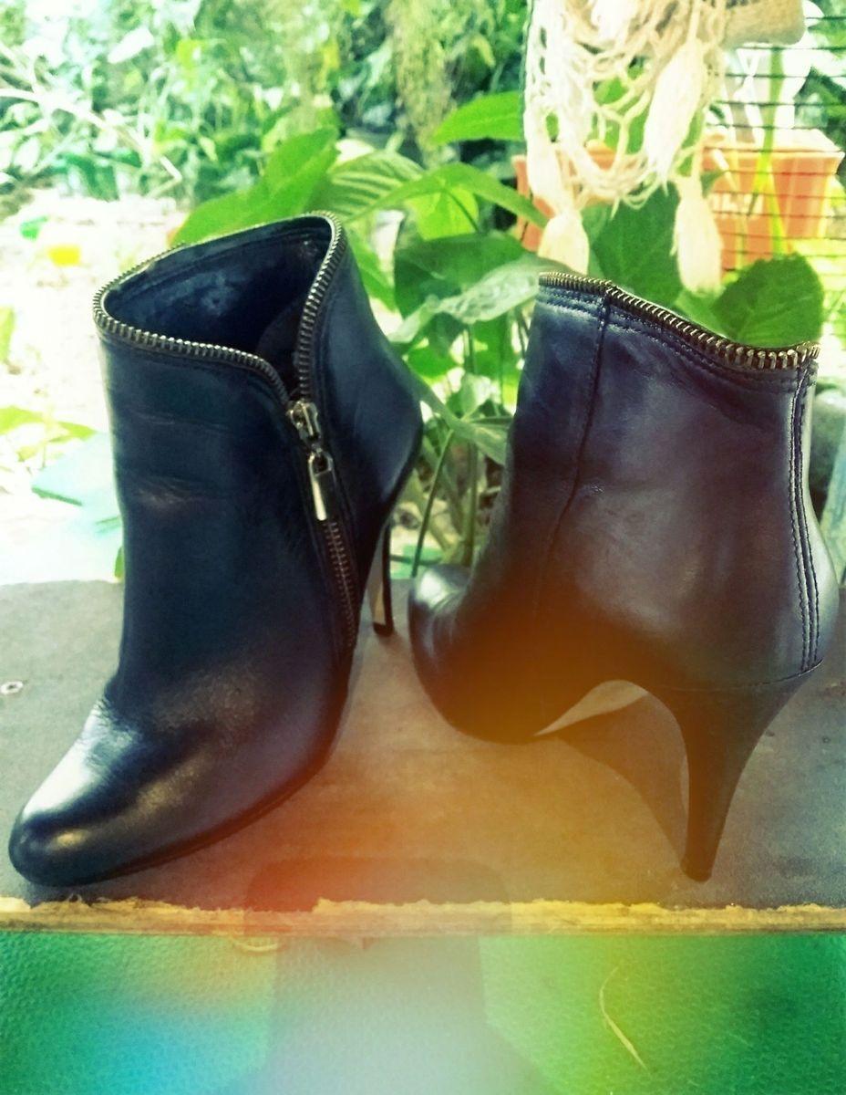 0c412e6bb ankle boot - via uno - sapatos reutilize.  Czm6ly9wag90b3muzw5qb2vplmnvbs5ici9wcm9kdwn0cy83nta5nzmzl2qxogywzmnjyze0odawzgiyzmixmzjhm2mzzjixzdk3lmpwzw