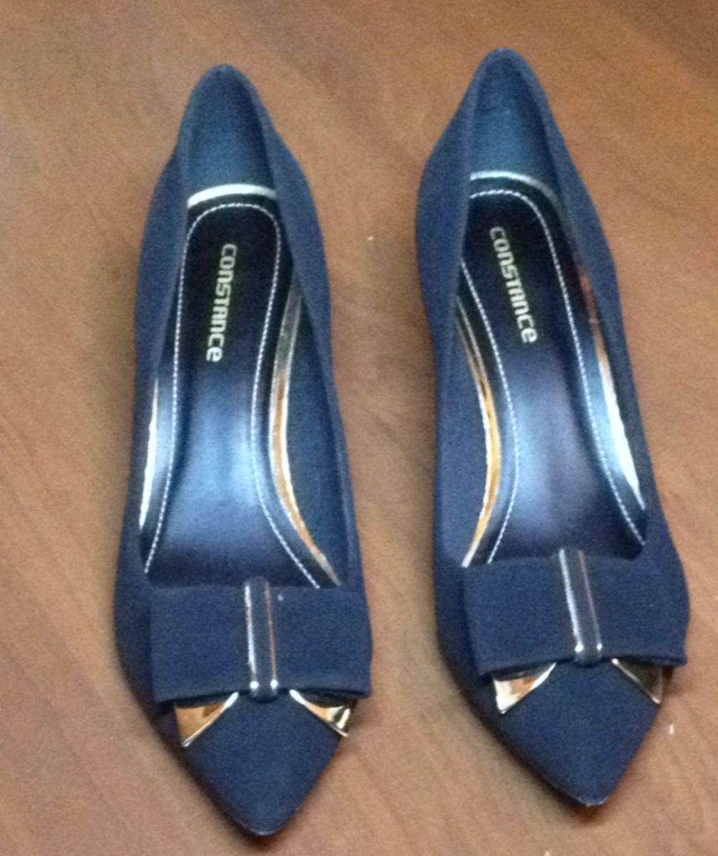 c6474804c scarpin constance - sapatos constance.  Czm6ly9wag90b3muzw5qb2vplmnvbs5ici9wcm9kdwn0cy8xodkymdqvn2jmotexnwmwzjq1mwnmmzi0mwzhnjc1njbkytyyn2quanbn