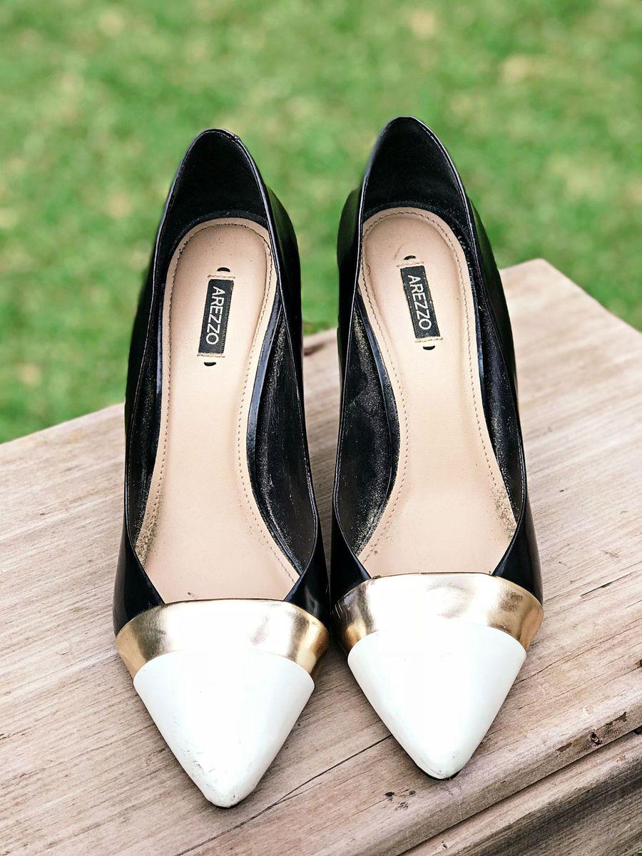 scarpin couro arezzo - sapatos arezzo