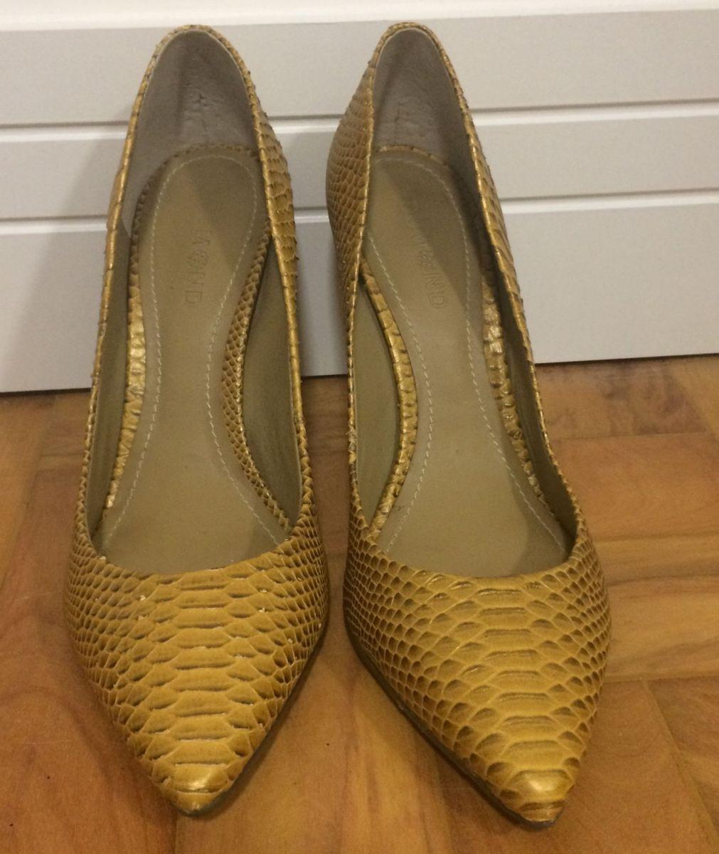 11211aea3 scarpin dumond amarelo - sapatos dumond.  Czm6ly9wag90b3muzw5qb2vplmnvbs5ici9wcm9kdwn0cy84mzg5mjgvnjdjmmvin2u2mtviodbhodi3ztiwnzvjngy0mmi1mdmuanbn