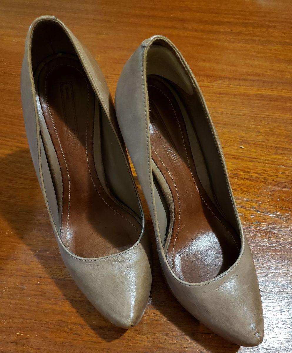 scarpin marrom schutz - sapatos schutz