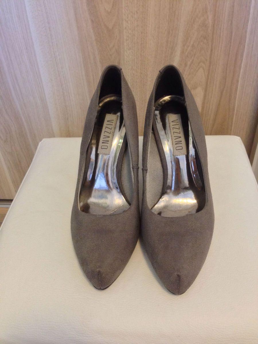 b6eab0375b scarpin veludo cinza - sapatos vizzano.  Czm6ly9wag90b3muzw5qb2vplmnvbs5ici9wcm9kdwn0cy8xmdy1odmvmthlntizmdc1ndm1njjjmjrhntzkmwm3odmyntzhotmuanbn