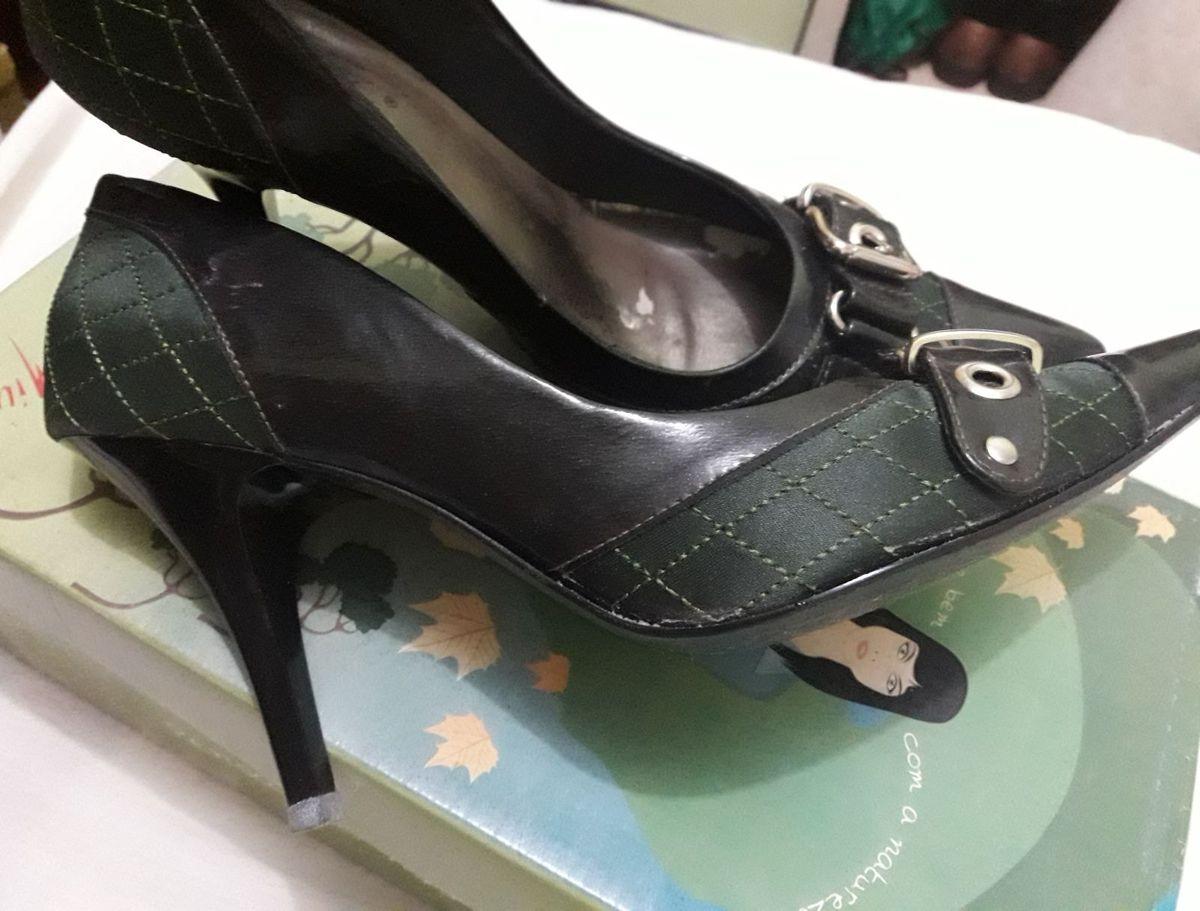 9a5a81ac11 scarpin verde musgo e couro - sapatos miucha.  Czm6ly9wag90b3muzw5qb2vplmnvbs5ici9wcm9kdwn0cy85mda1mde5lzy5zdg1n2fmodmyzwuzngfly2u0ntqzztzknde3ztk0lmpwzw  ...