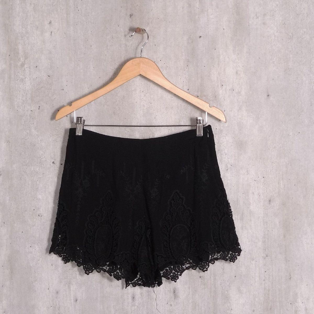 short preto renda - short forever21
