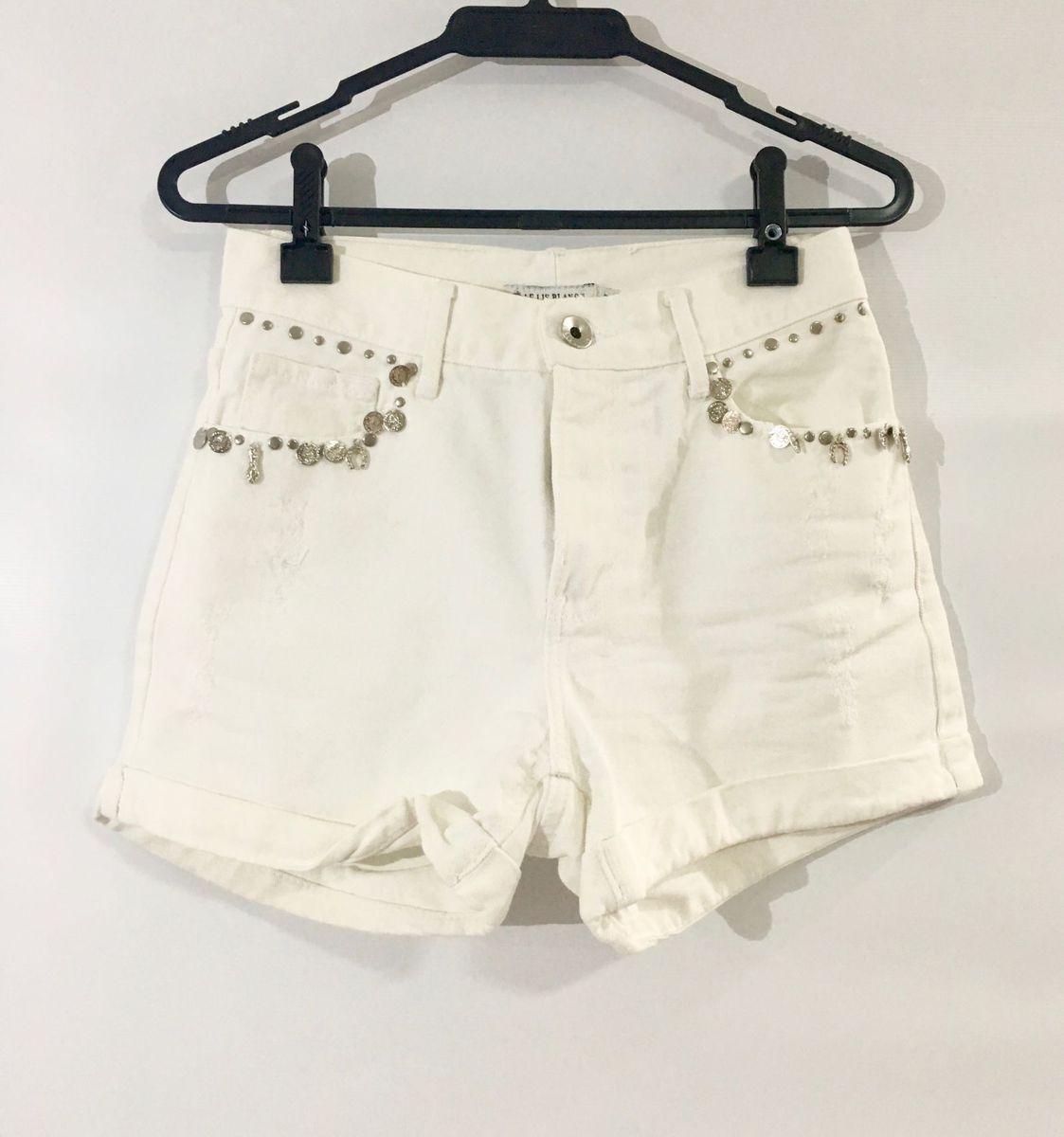 774e7ae51 shorts jeans branco le lis - calças le-lis-blanc.  Czm6ly9wag90b3muzw5qb2vplmnvbs5ici9wcm9kdwn0cy8xndc0otuvngm5ytcxmme5ymu4odu0mti4njnlndbjodk3ywfioweuanbn  ...