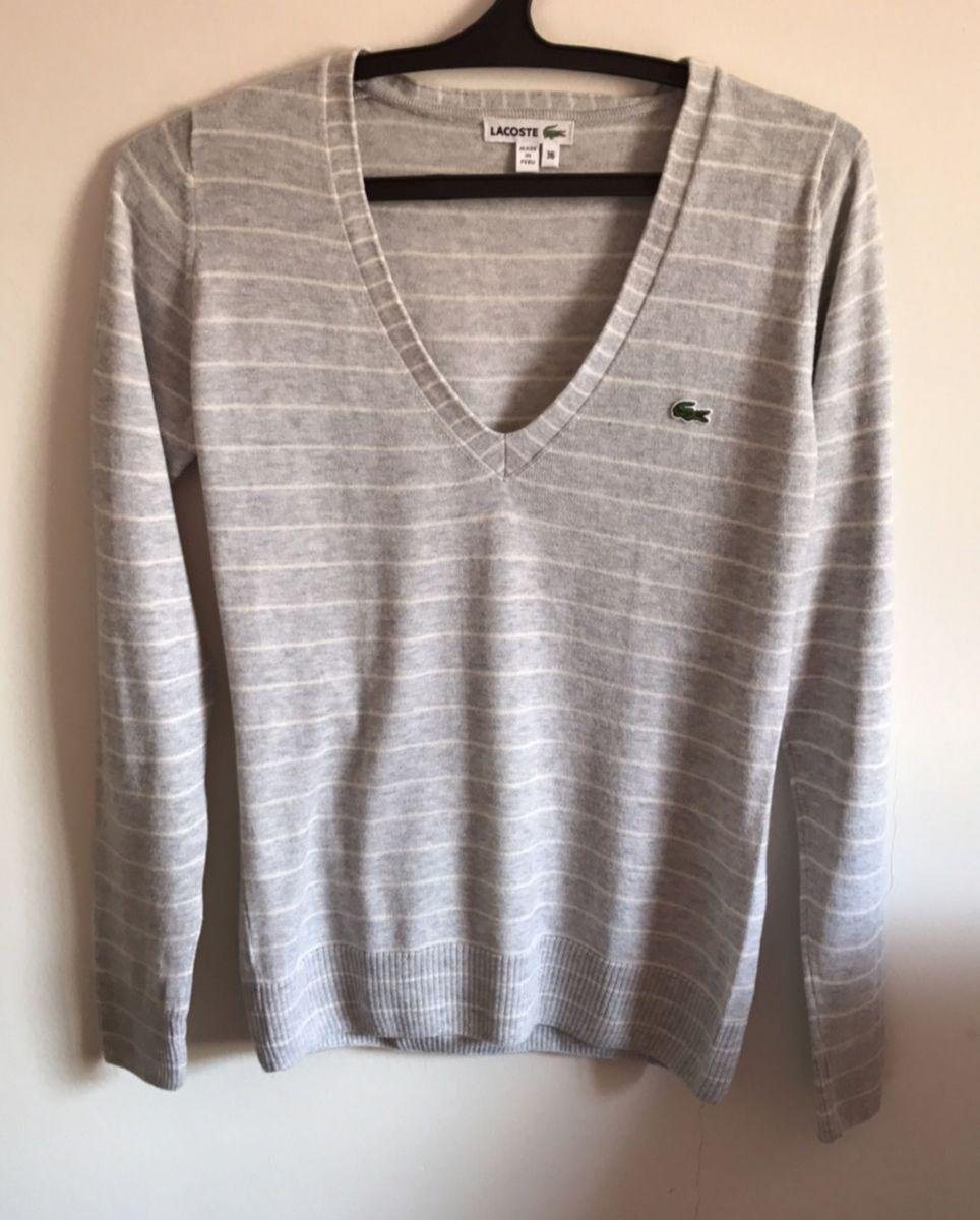 269164f13cacb suéter lacoste original - casaquinhos lacoste.  Czm6ly9wag90b3muzw5qb2vplmnvbs5ici9wcm9kdwn0cy81mde0nzgwl2ewzdq2oweyoguxzdhjmdzimzq2mgq1njkxntzjywjilmpwzw  ...