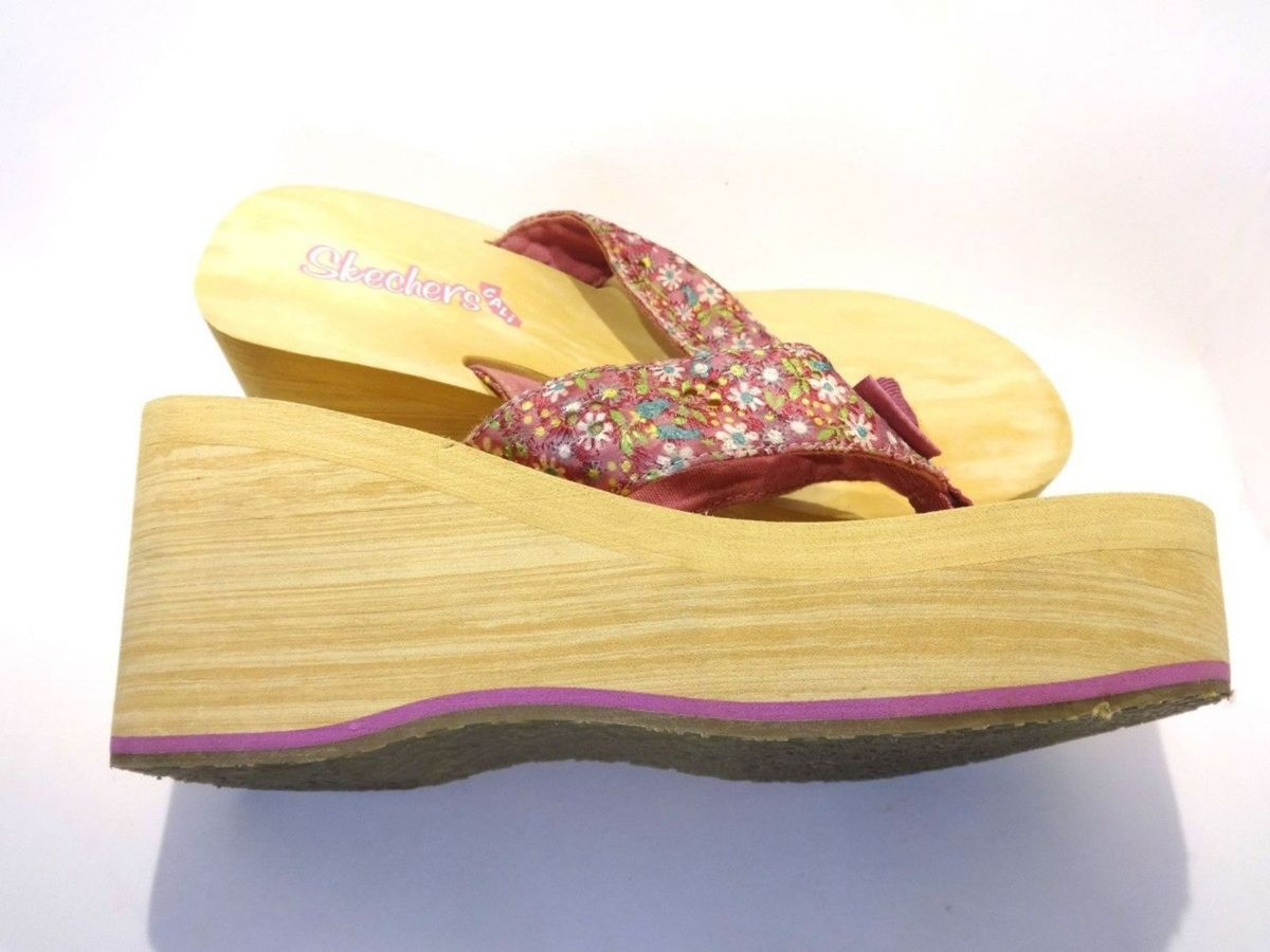 a30ace7104 tamanco chinelo plataforma skechers (japão) - sandálias skechers